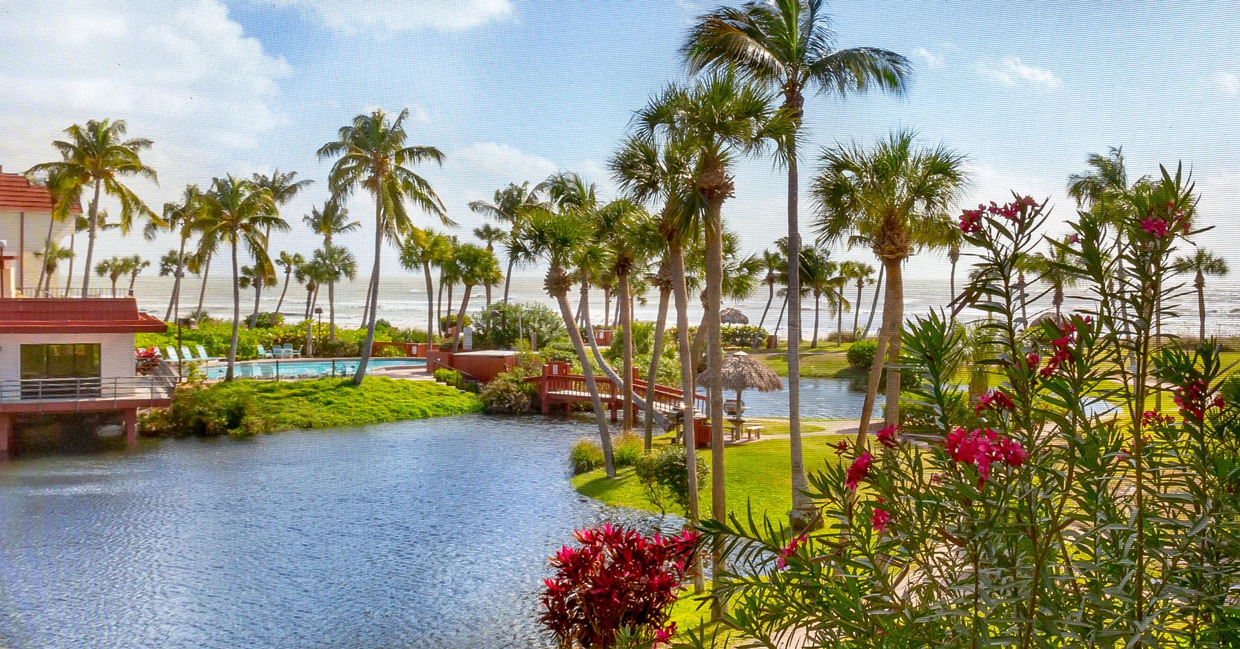 共管式独立产权公寓 为 销售 在 SANIBEL 2445 West Gulf Dr B-25 撒你贝尔, 佛罗里达州, 33957 美国