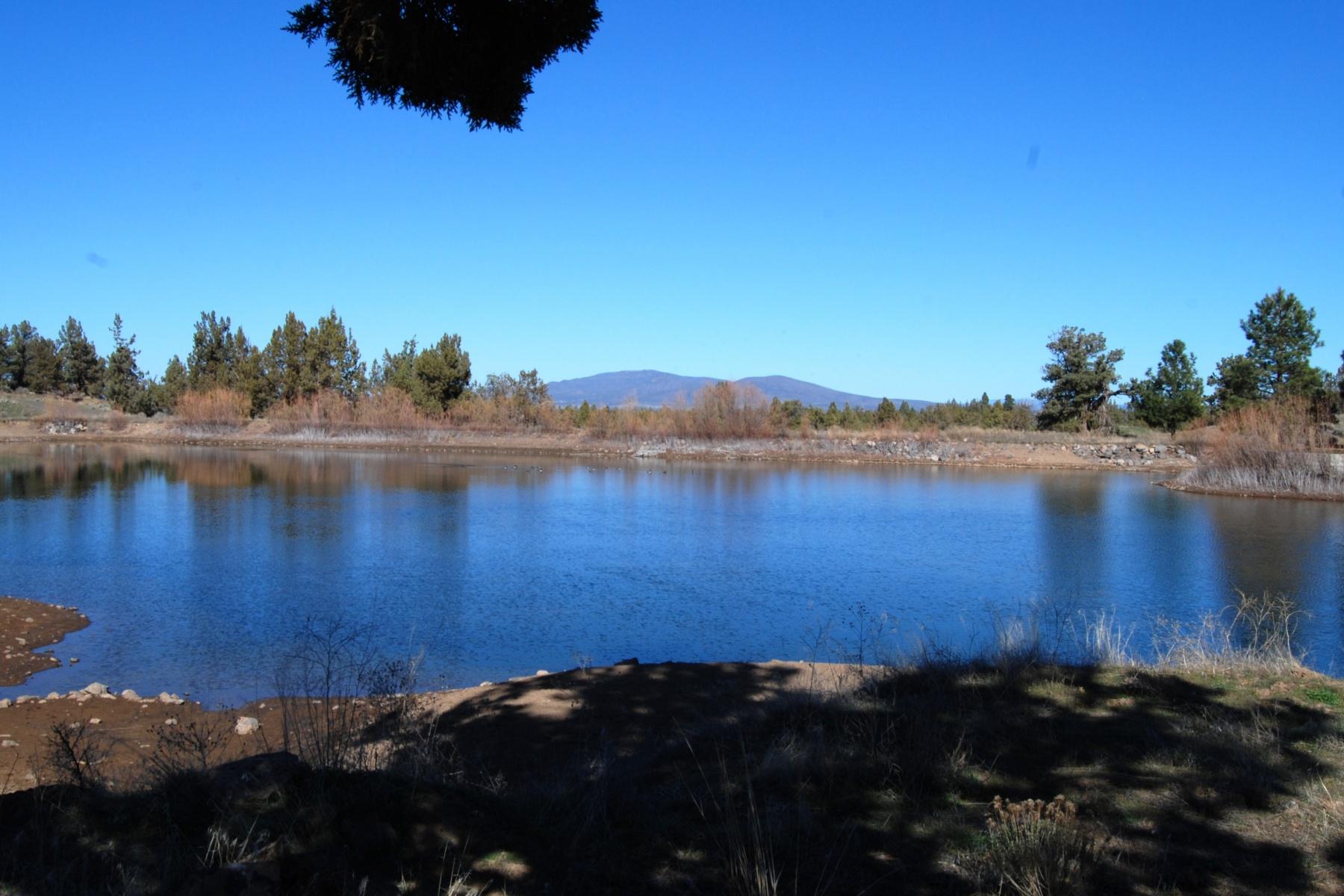 土地 のために 売買 アット Cla 62920 Waugh Rd Bend, オレゴン 97702 アメリカ合衆国