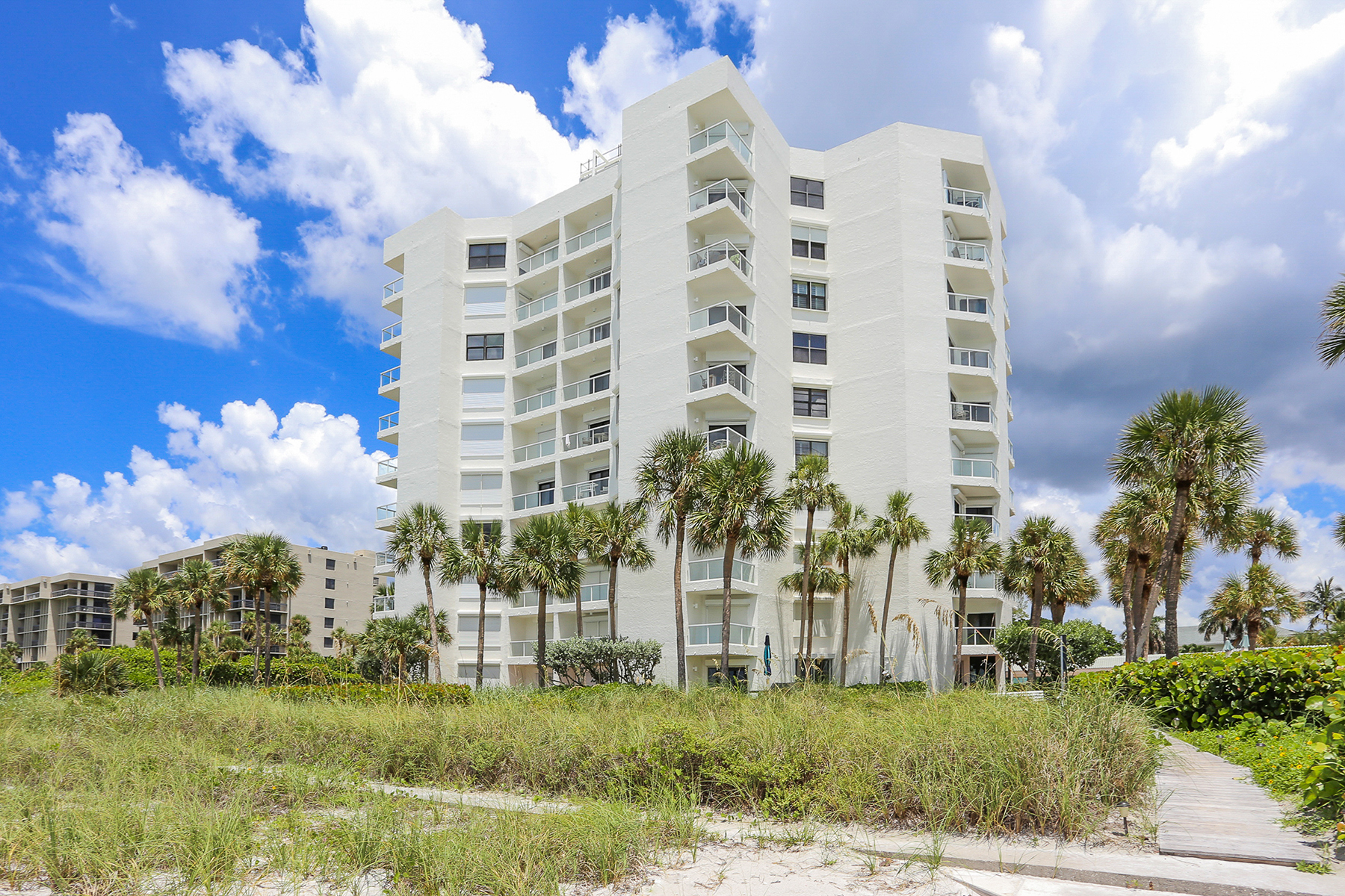 Condominium for Rent at LONGBOAT KEY -PRIVATEER NORTH 1050 Longboat Club Rd 1004, Longboat Key, Florida 34228 United States