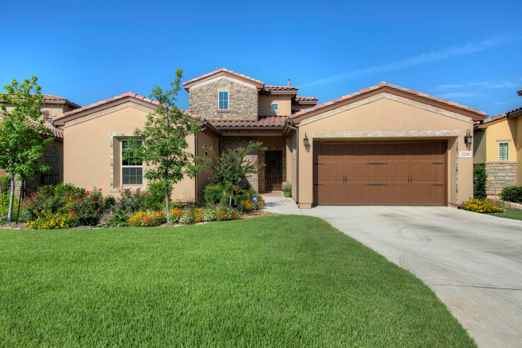 Single Family Home for Sale at Beautiful Garden Home in the Campanas 22339 Viajes San Antonio, Texas 78261 United States
