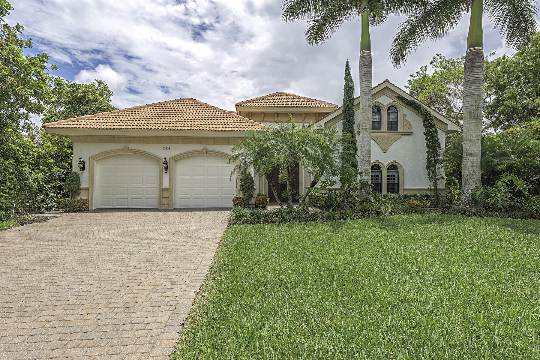 Property Of 15214 Burnaby Dr , Naples, FL 34110