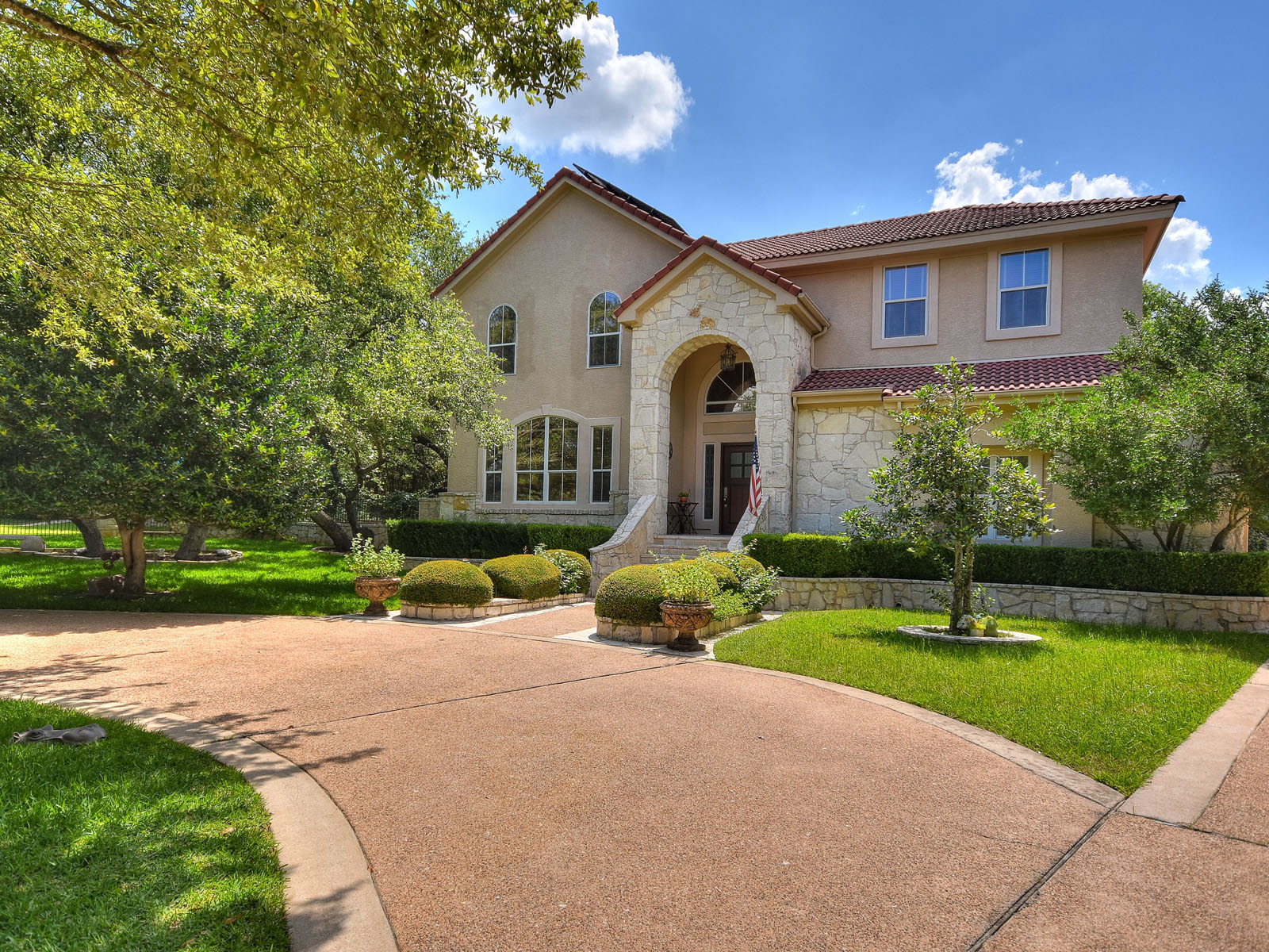 Single Family Home for Sale at Prestigious Hills of Lakeway Home 12 Butterfly Pl The Hills, Texas 78738 United States