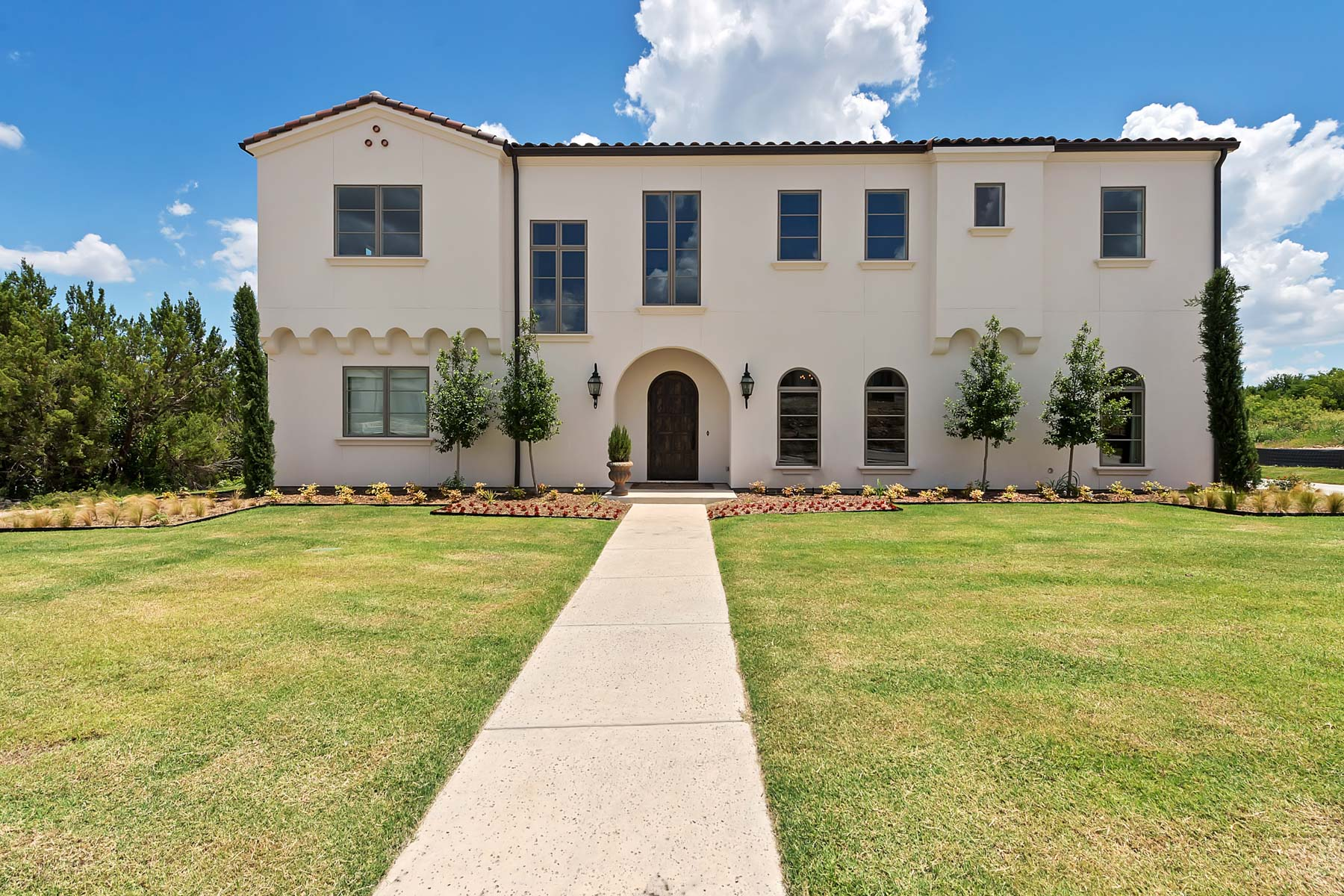 Single Family Home for Sale at 8605 E Cantera Way, Benbrook Benbrook, Texas, 76126 United States