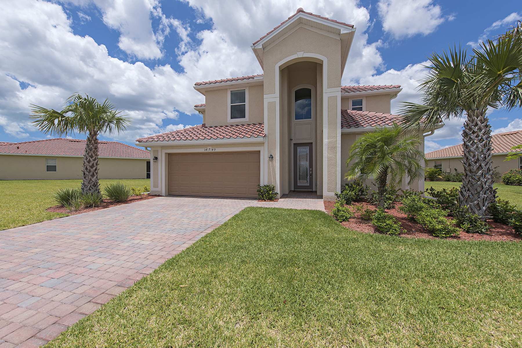 Single Family Home for Sale at NAPLES - REFLECTION LAKES 14749 Cranberry Ct Naples, Florida 34114 United States