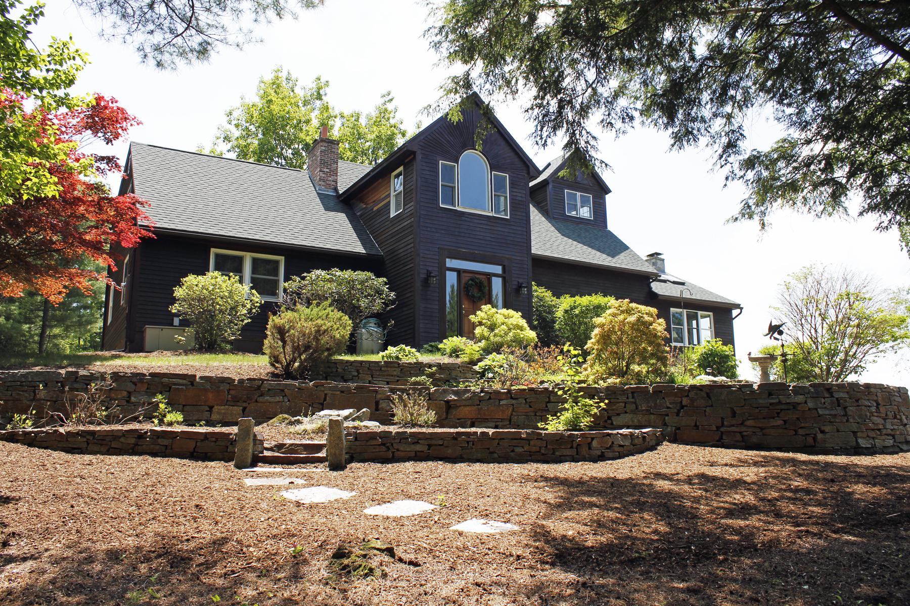 Maison unifamiliale pour l Vente à 458 Gillingham Drive, Newbury Newbury, New Hampshire 03255 États-Unis