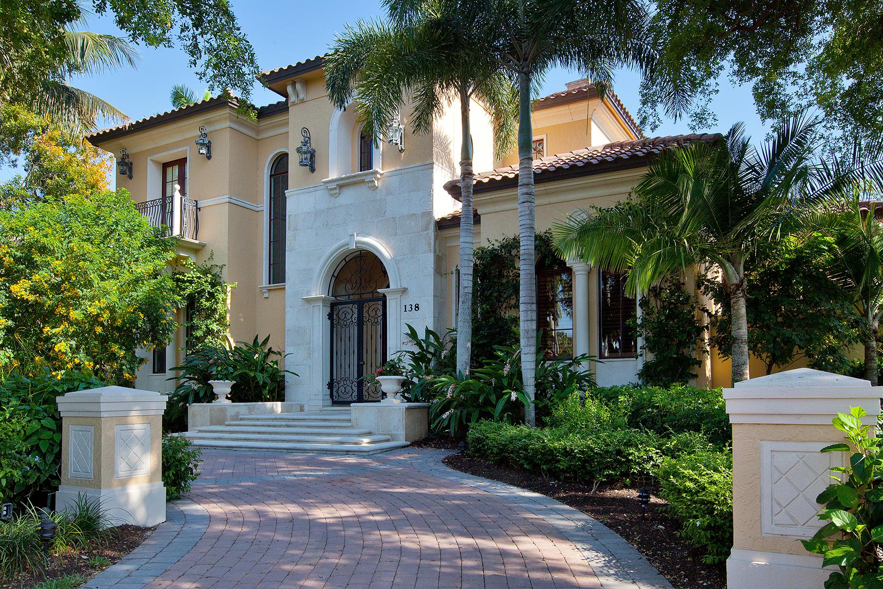 Einfamilienhaus für Verkauf beim OLDE NAPLES 138 6th Ave S Naples, Florida 34102 Vereinigte Staaten