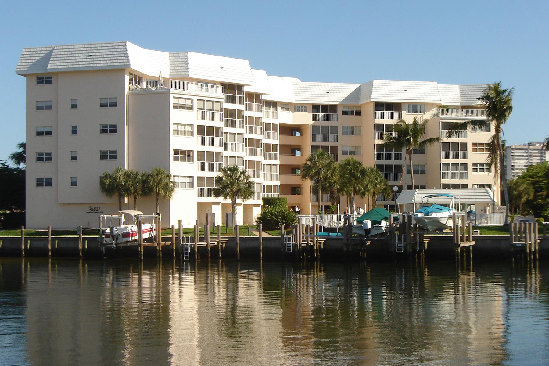 Condominio per Vendita alle ore MARCO ISLAND - SUSSEX 270 N Collier Blvd 304 Marco Island, Florida, 34145 Stati Uniti