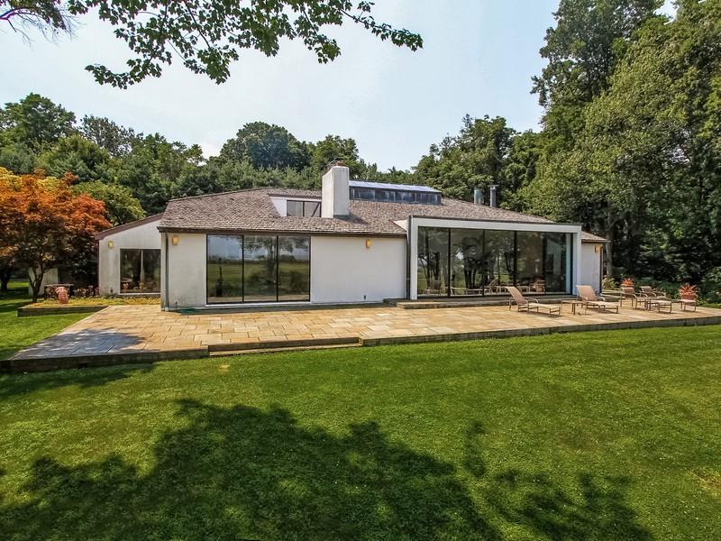Villa per Vendita alle ore Contemporary Sands Point, New York 11050 Stati Uniti