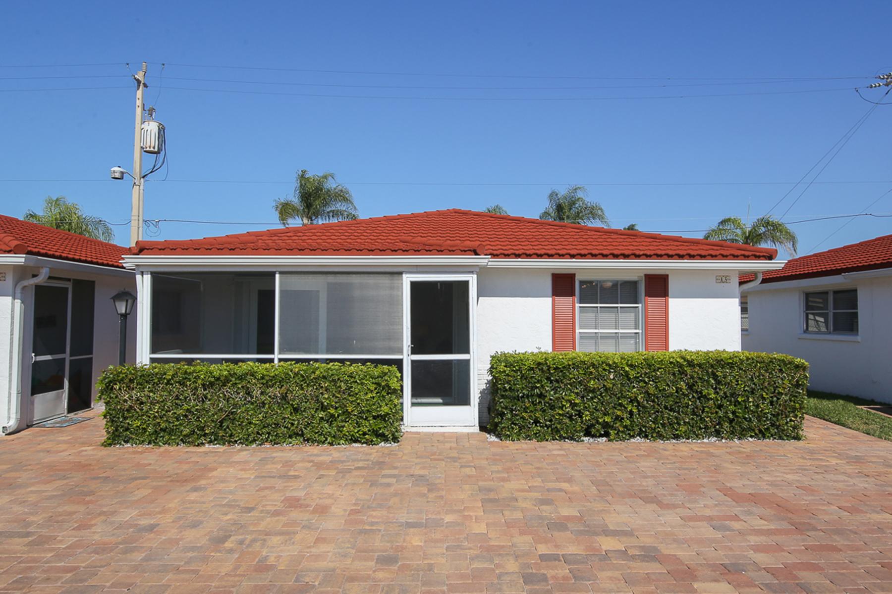 타운하우스 용 매매 에 CASA BLANCA 6154 Midnight Pass Rd A3 Sarasota, 플로리다, 34242 미국