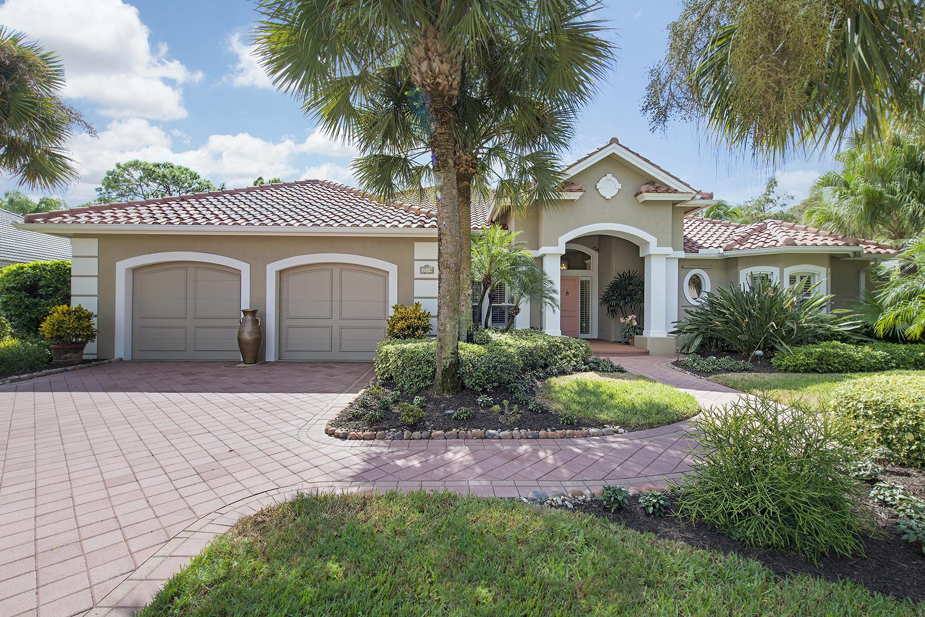 Casa Unifamiliar por un Venta en PELICAN MARSH - THE GABLES 1049 Spanish Moss Trl Naples, Florida 34108 Estados Unidos