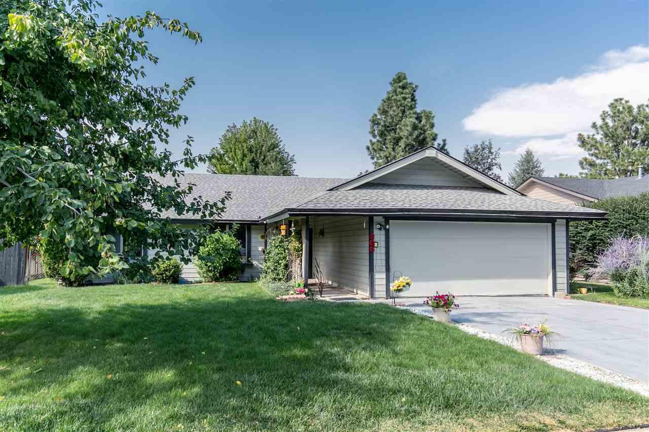 Casa para uma família para Venda às 206 Northview, Eagle 206 E Northview Dr Eagle, Idaho, 83616 Estados Unidos
