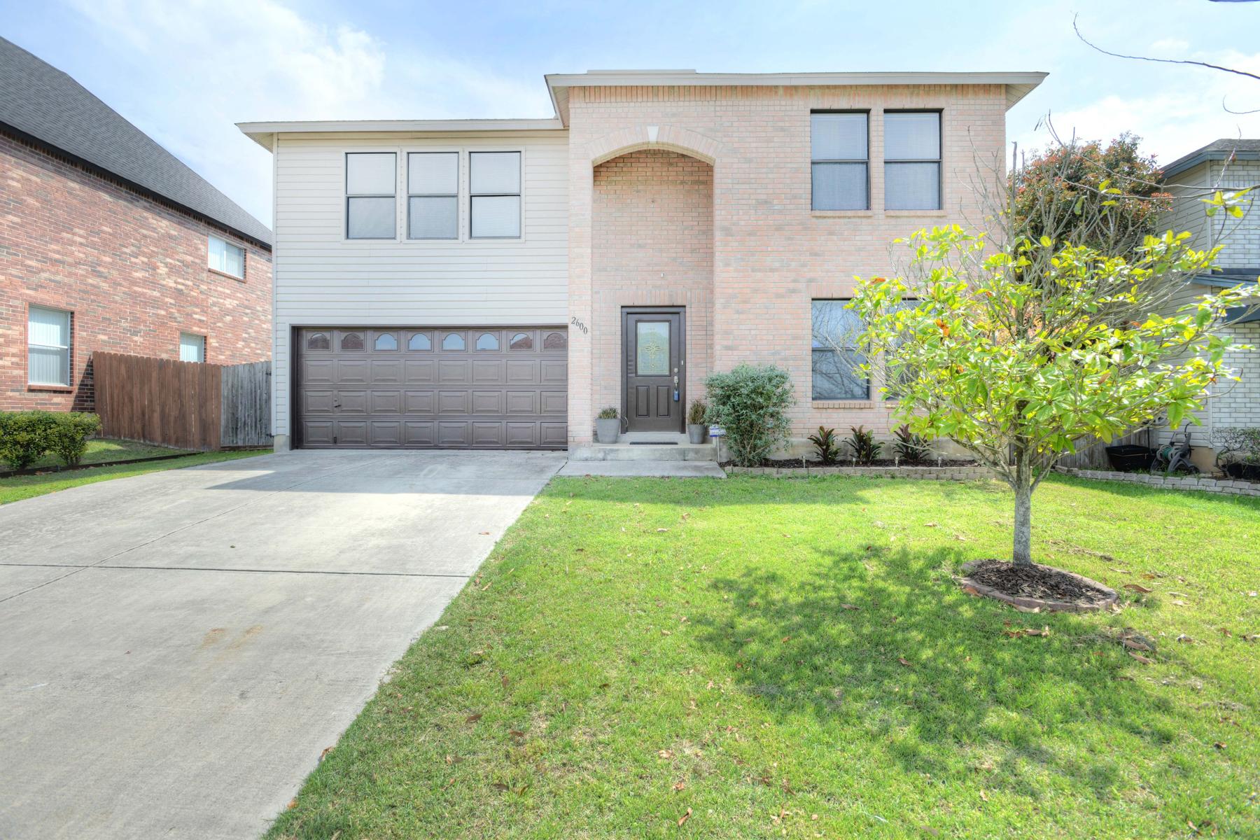 Vivienda unifamiliar por un Venta en Fantastic Open Floor Plan in Ahsley Place 2600 Ashley Oak Dr San Antonio, Texas, 78154 Estados Unidos