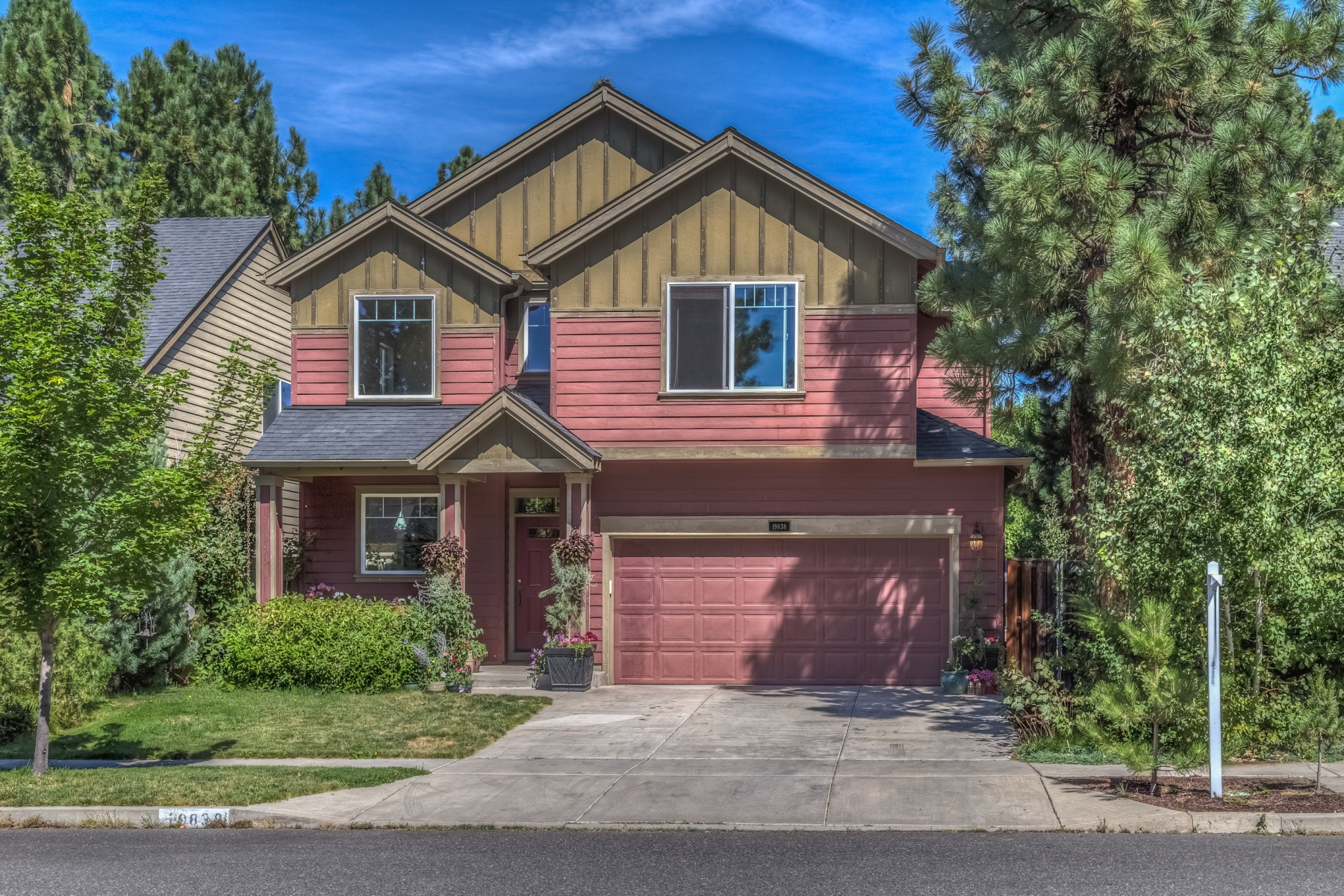 Single Family Home for Sale at 19838 Galileo Avenue, BEND Bend, Oregon, 97702 United States