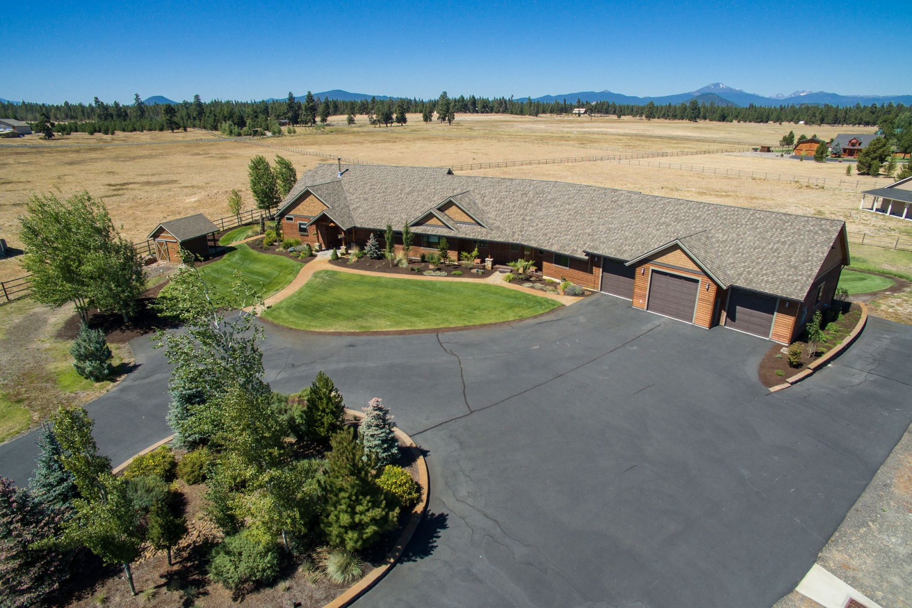 Vivienda unifamiliar por un Venta en Spectacular Mount Bachelor Views 16626 Serpentine Dr La Pine, Oregon, 97739 Estados Unidos