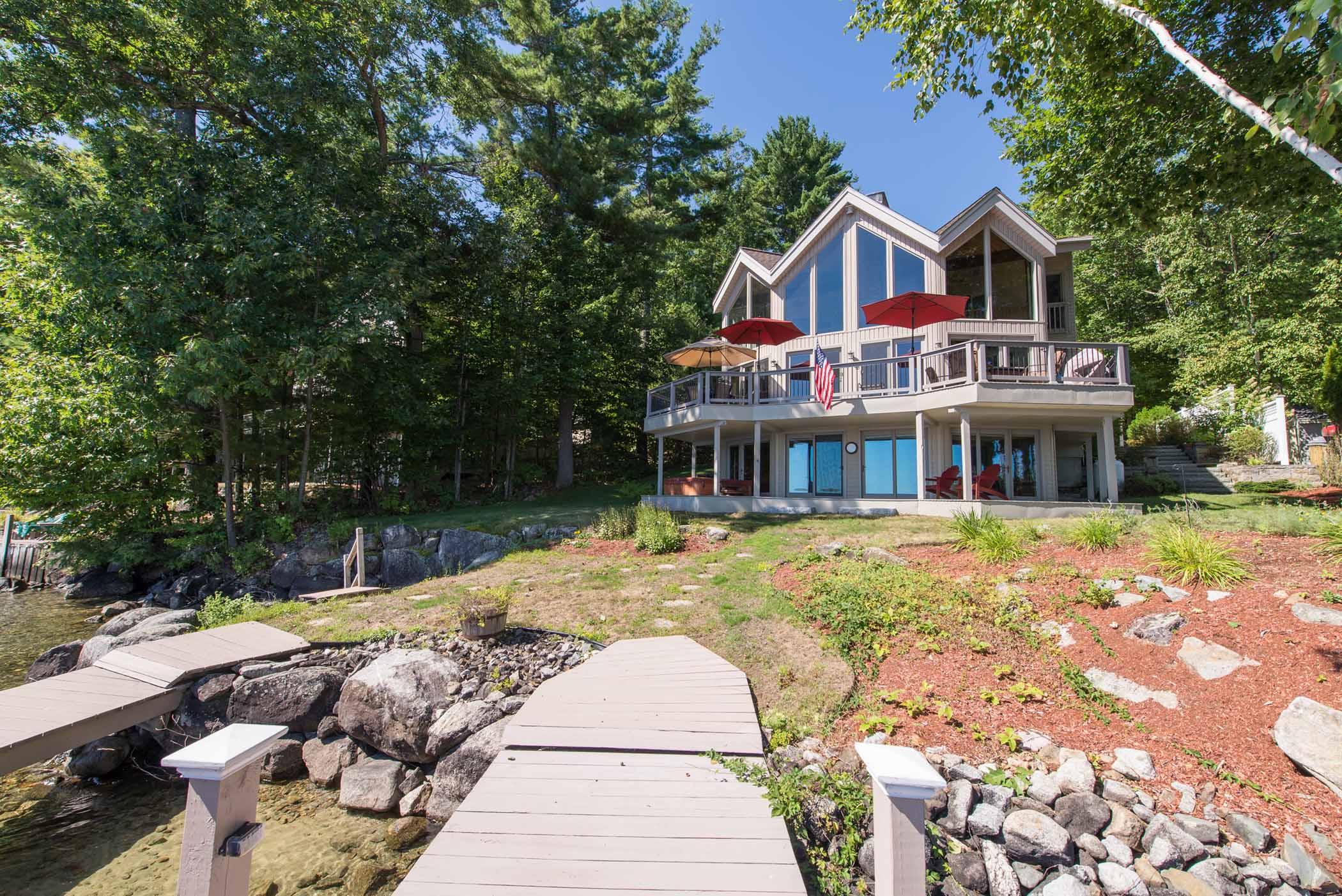Частный односемейный дом для того Продажа на 100 Cattle Landing Rd, Meredith Meredith, Нью-Гэмпшир 03253 Соединенные Штаты