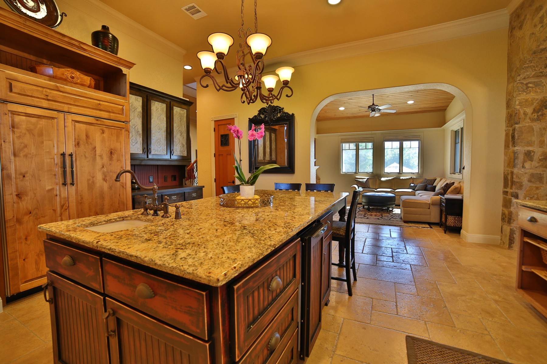 Additional photo for property listing at French Chateau on 3.425 Acres and Lake Travis 17911 Breakwater Dr Jonestown, Texas 78645 United States