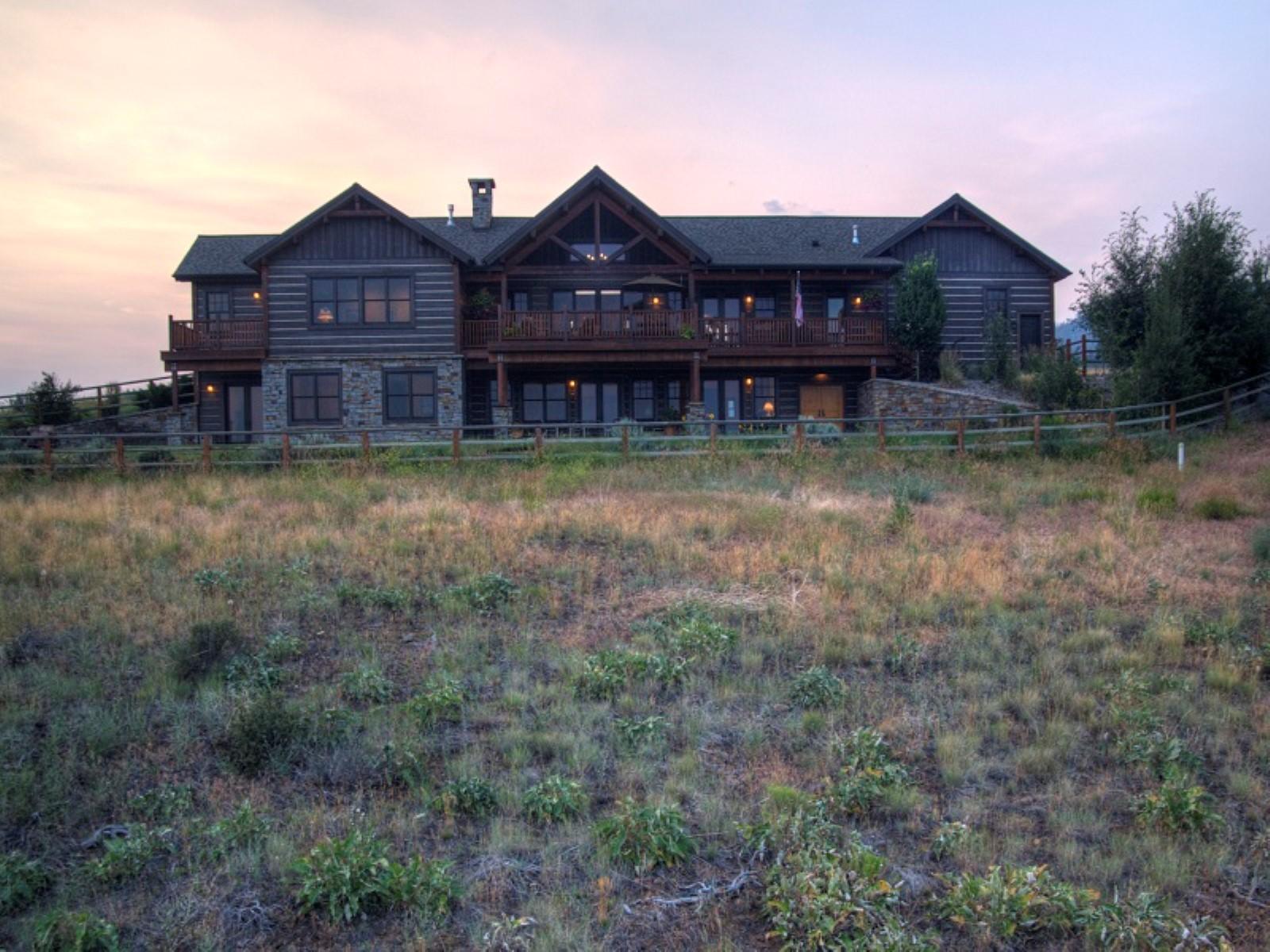 Casa Unifamiliar por un Venta en Sapphire Ridge Ranch 2062 Hawks Peak Drive Florence, Montana, 59833 Estados Unidos