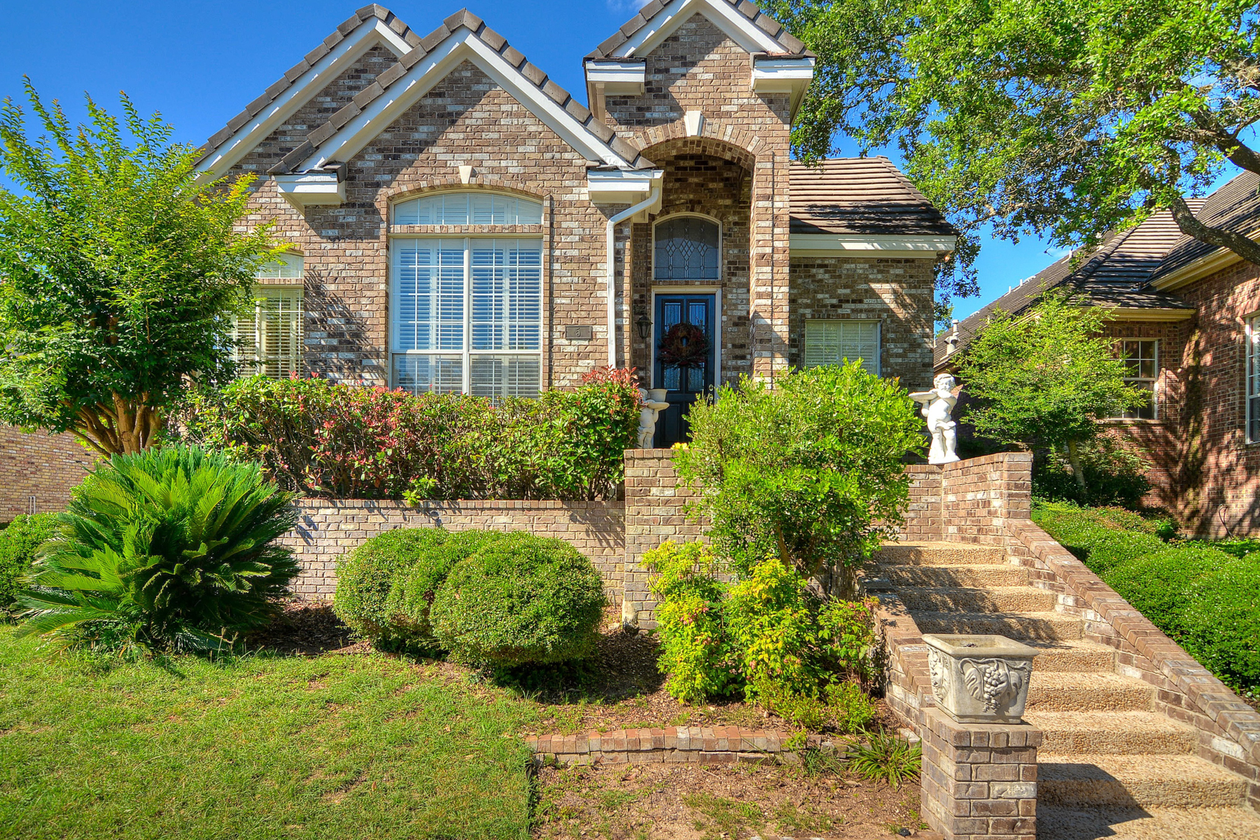 Additional photo for property listing at One-Story Garden Home in The Dominion 5 Somerset Arms San Antonio, Texas 78257 Estados Unidos