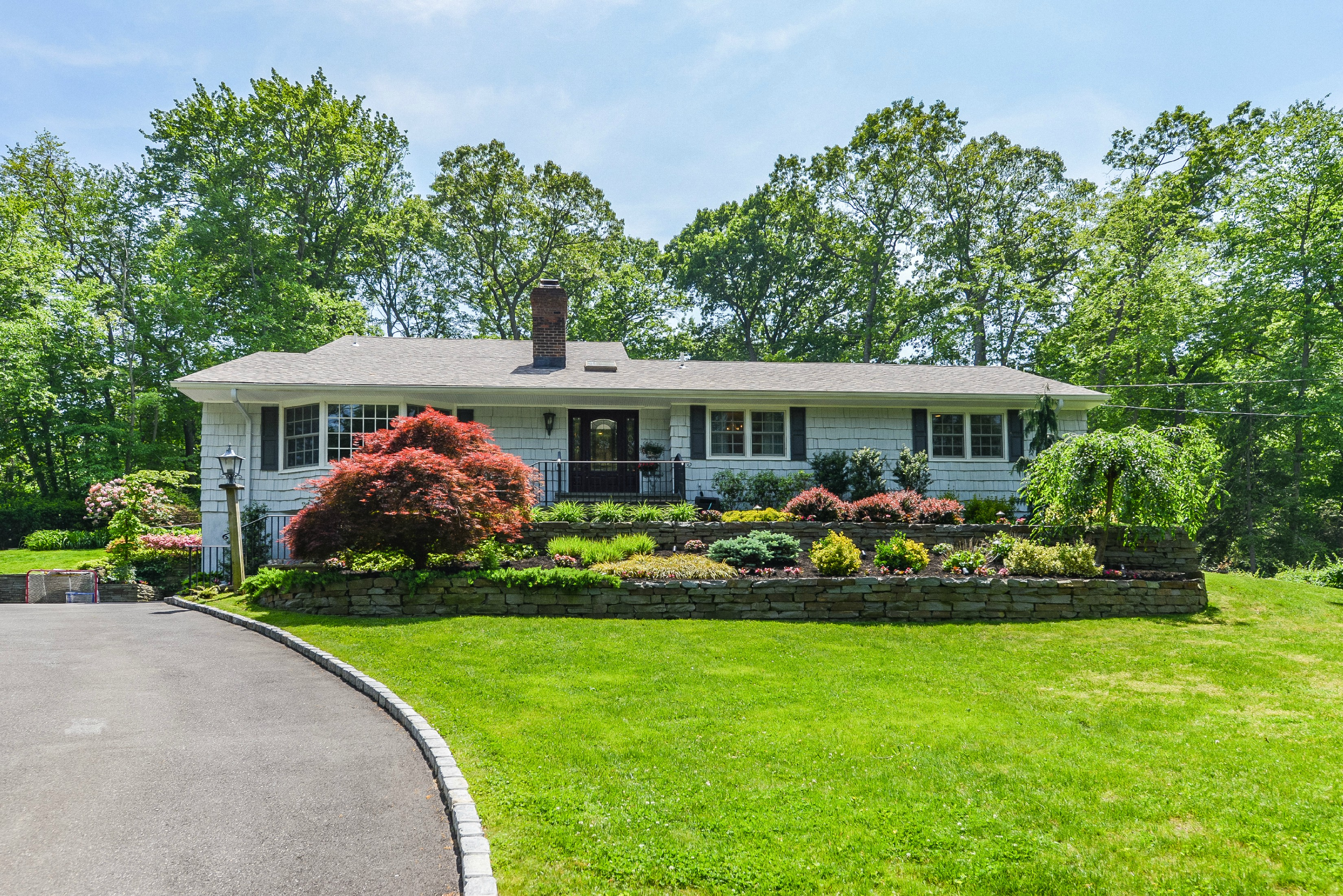 Single Family Home for Sale at Exp Ranch 20 Sunken Orchard Ln Oyster Bay Cove, New York, 11771 United States