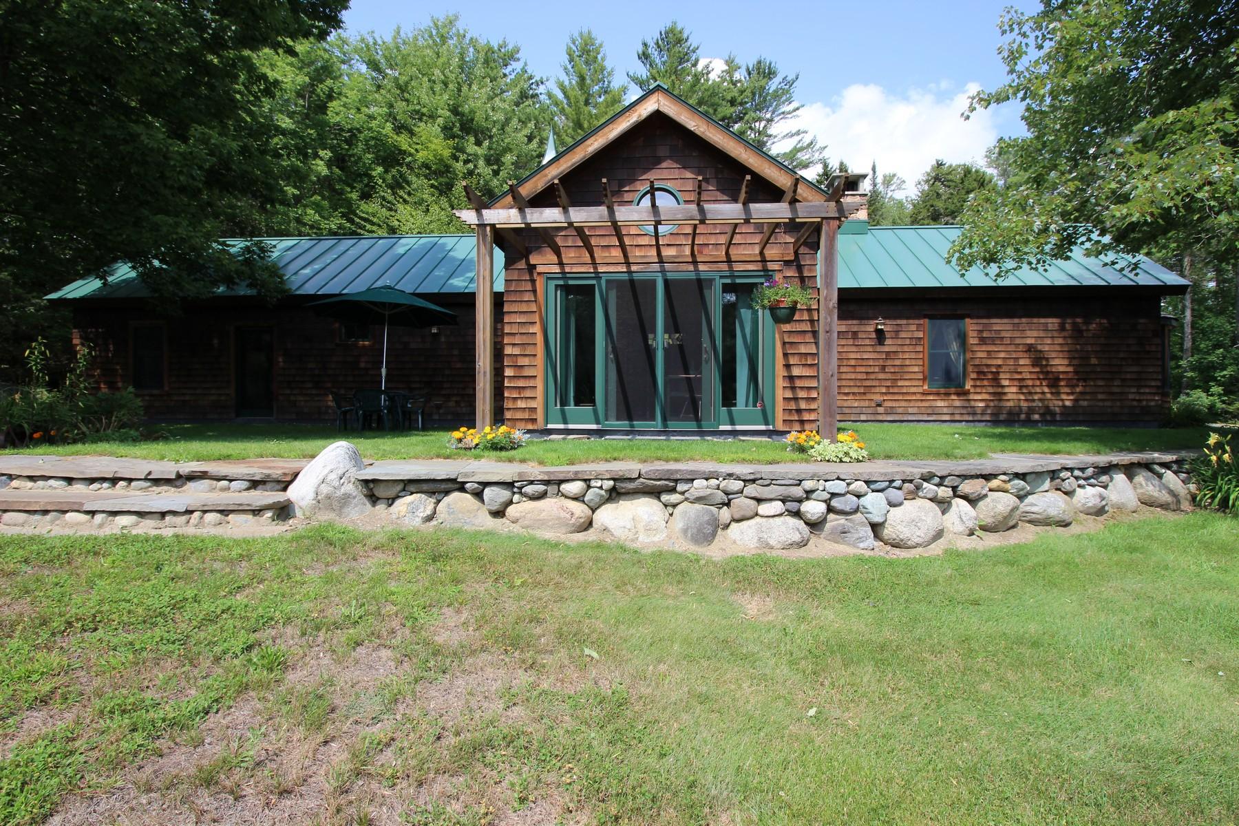 Maison unifamiliale pour l Vente à 193 Wilbur Road, Woodbury 193 Wilbur Rd Woodbury, Vermont 05860 États-Unis