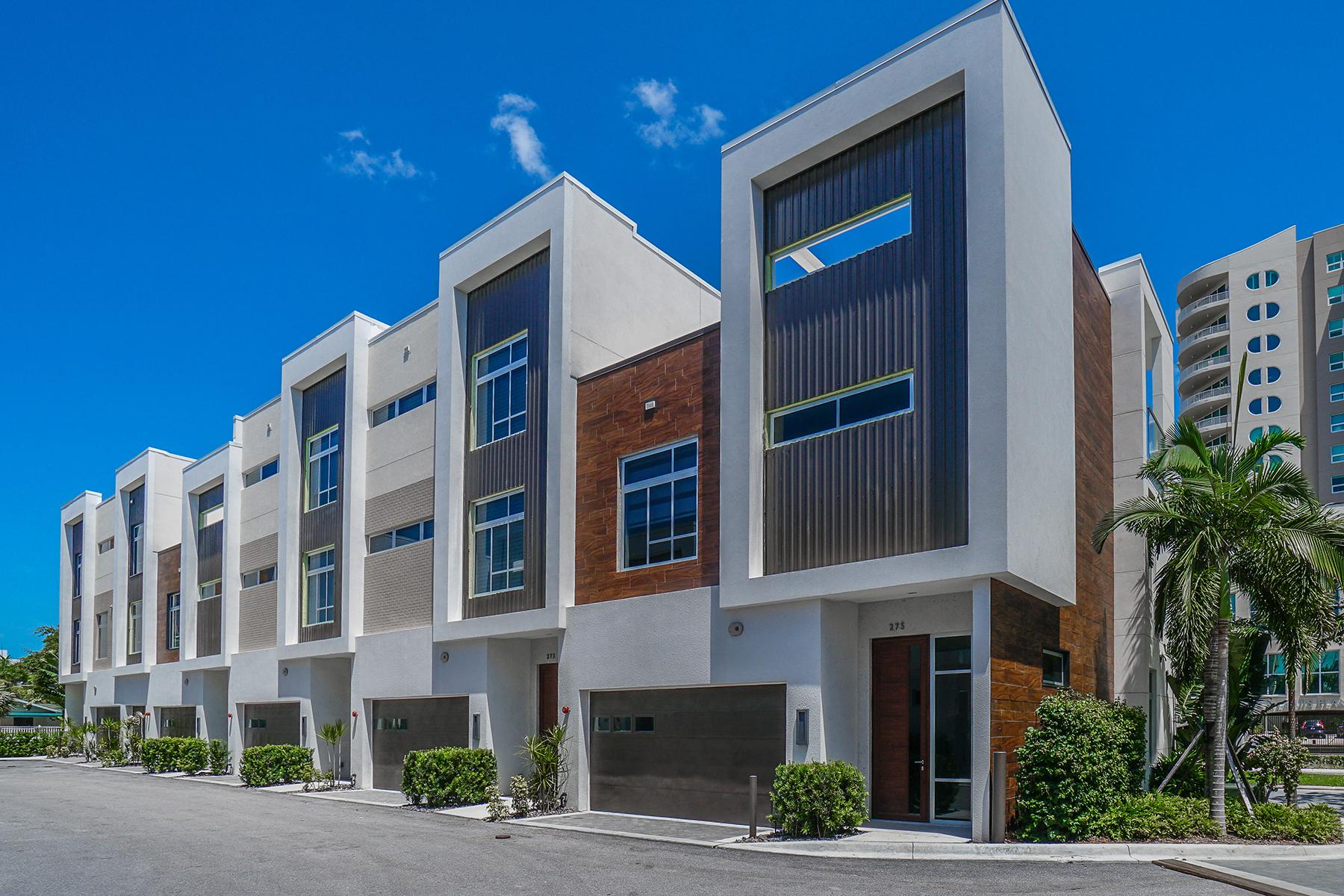 联栋屋 为 销售 在 Q - DOWNTOWN SARASOTA 223 Cosmopolitan Ct 萨拉索塔, 佛罗里达州, 34236 美国
