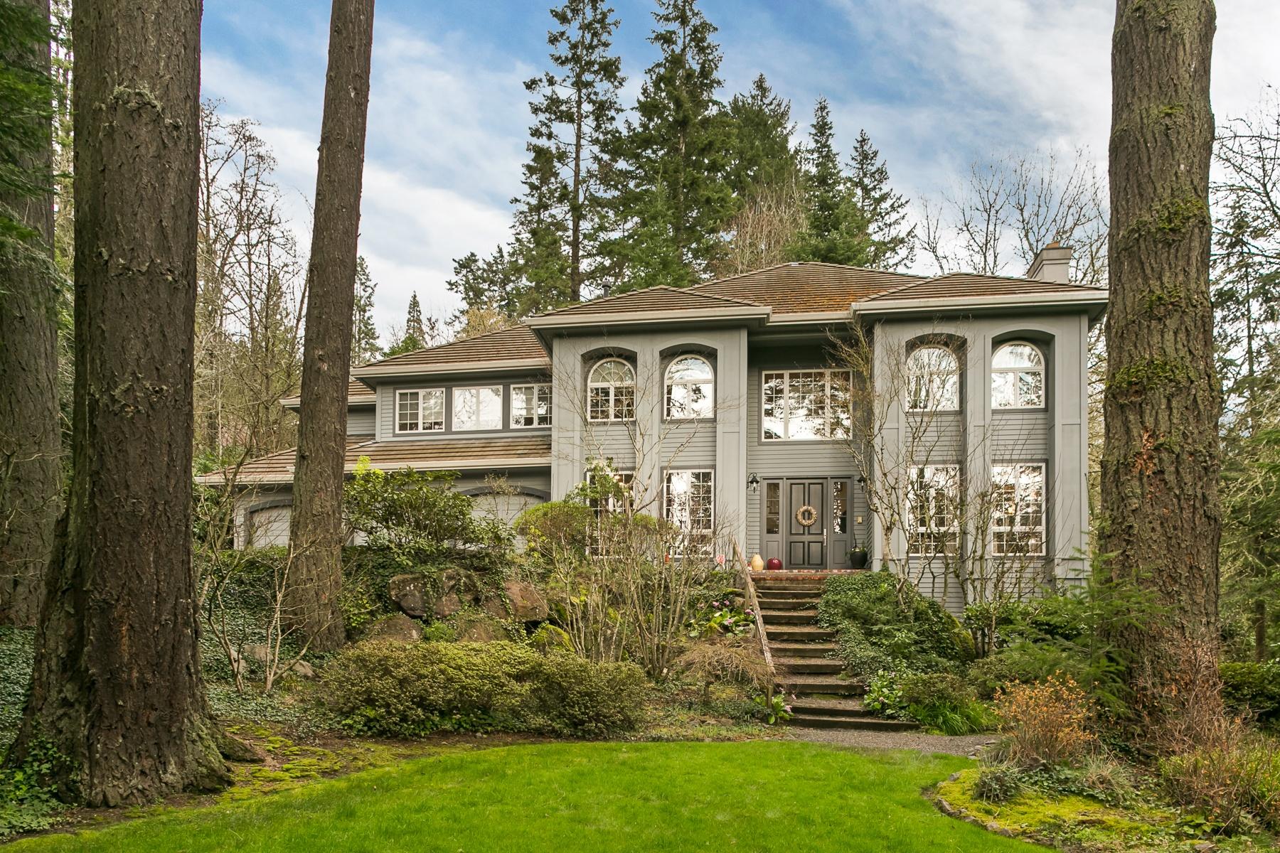 独户住宅 为 销售 在 13255 SW IRON MOUNTAIN BLVD, PORTLAND 波特兰, 俄勒冈州, 97219 美国