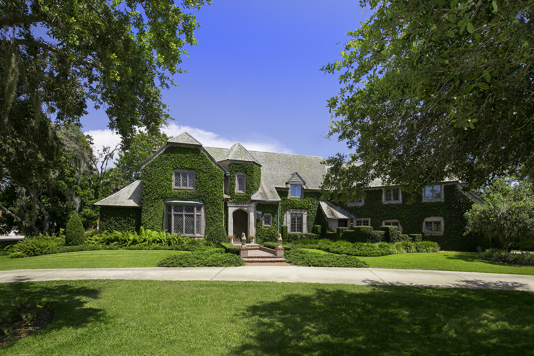 sales property at BAYOU BEND
