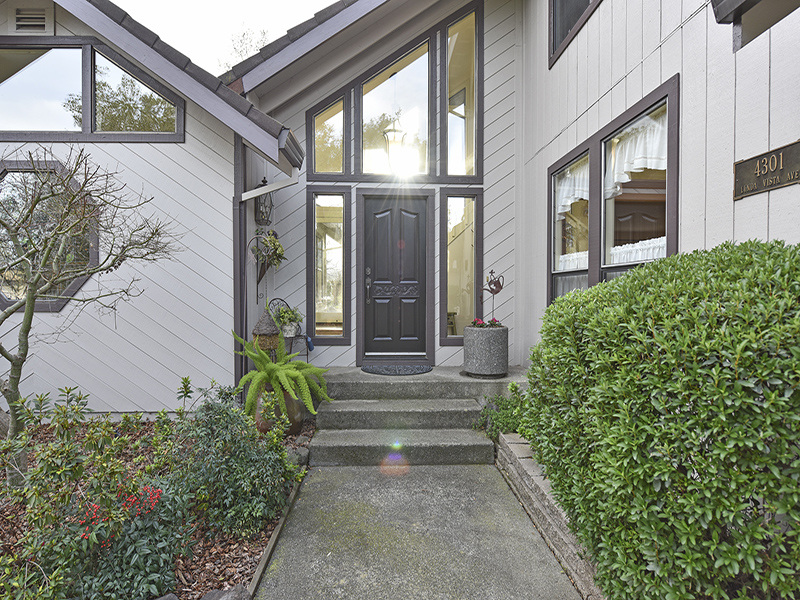 Casa Unifamiliar por un Venta en 4301 Linda Vista Ave, Napa, CA 94558 4301 Linda Vista Ave Napa, California, 94558 Estados Unidos