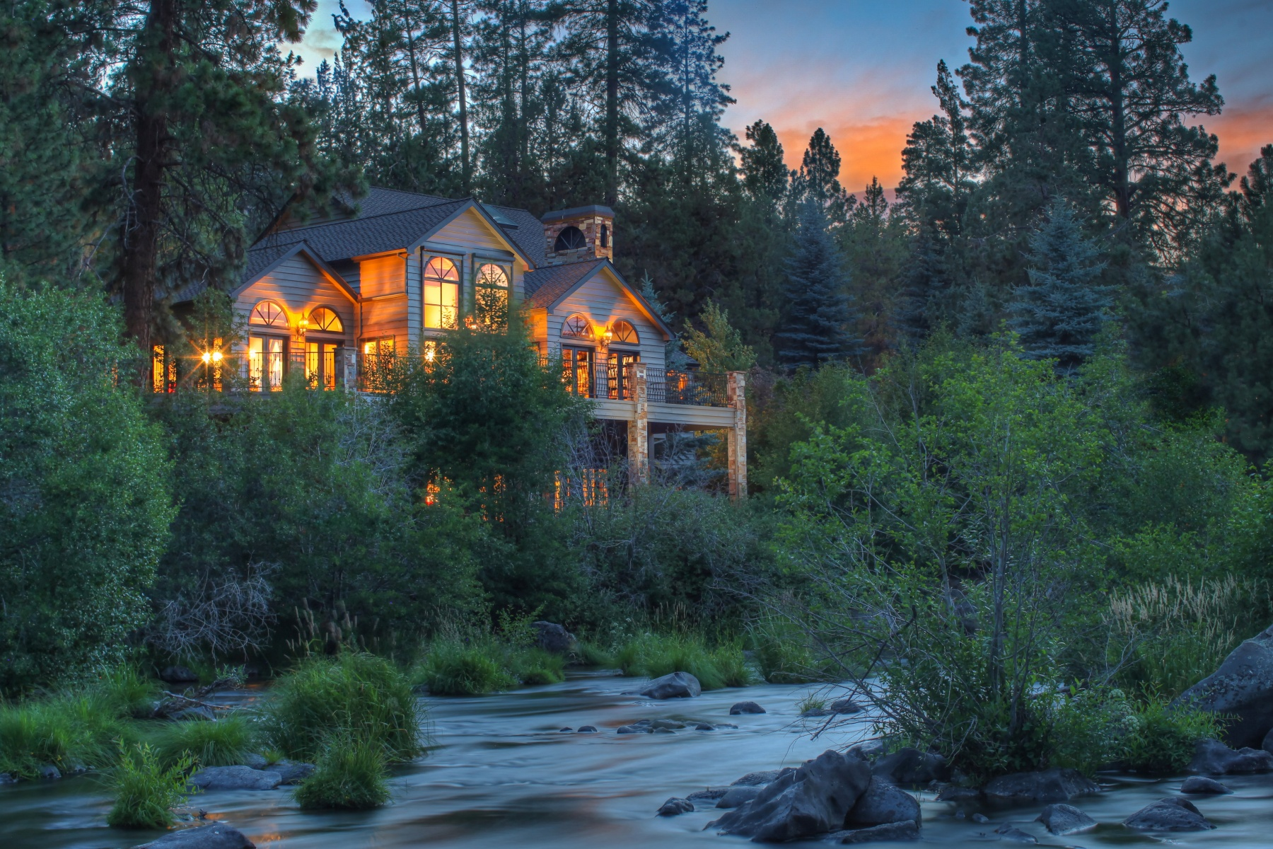 Single Family Home for Sale at Landmark Riverfront Home in Bend, OR 20131 Archie Briggs Rd Bend, Oregon, 97703 United States