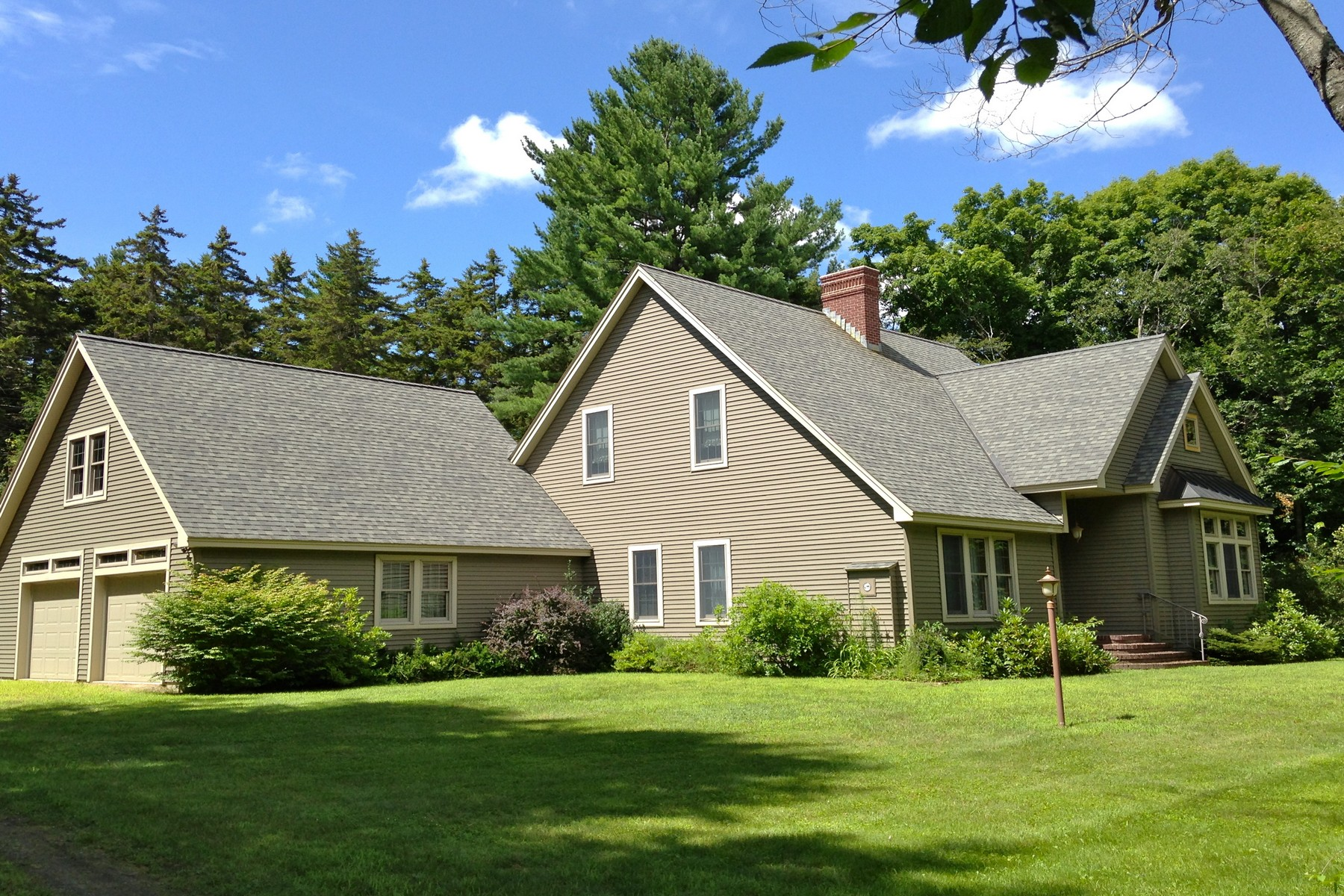 Single Family Home for Rent at 2 Miles from Okemo 186 Ellison Loop Ludlow, Vermont, 05149 United States