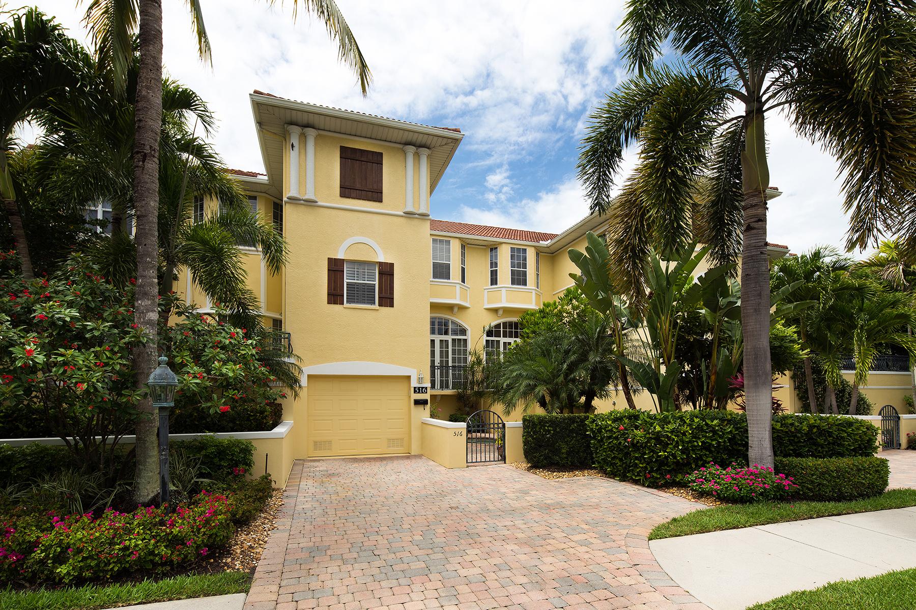 联栋屋 为 销售 在 NAPLES - VILLAS TIVOLI 516 2nd St S 103 Naples, 佛罗里达州 34102 美国