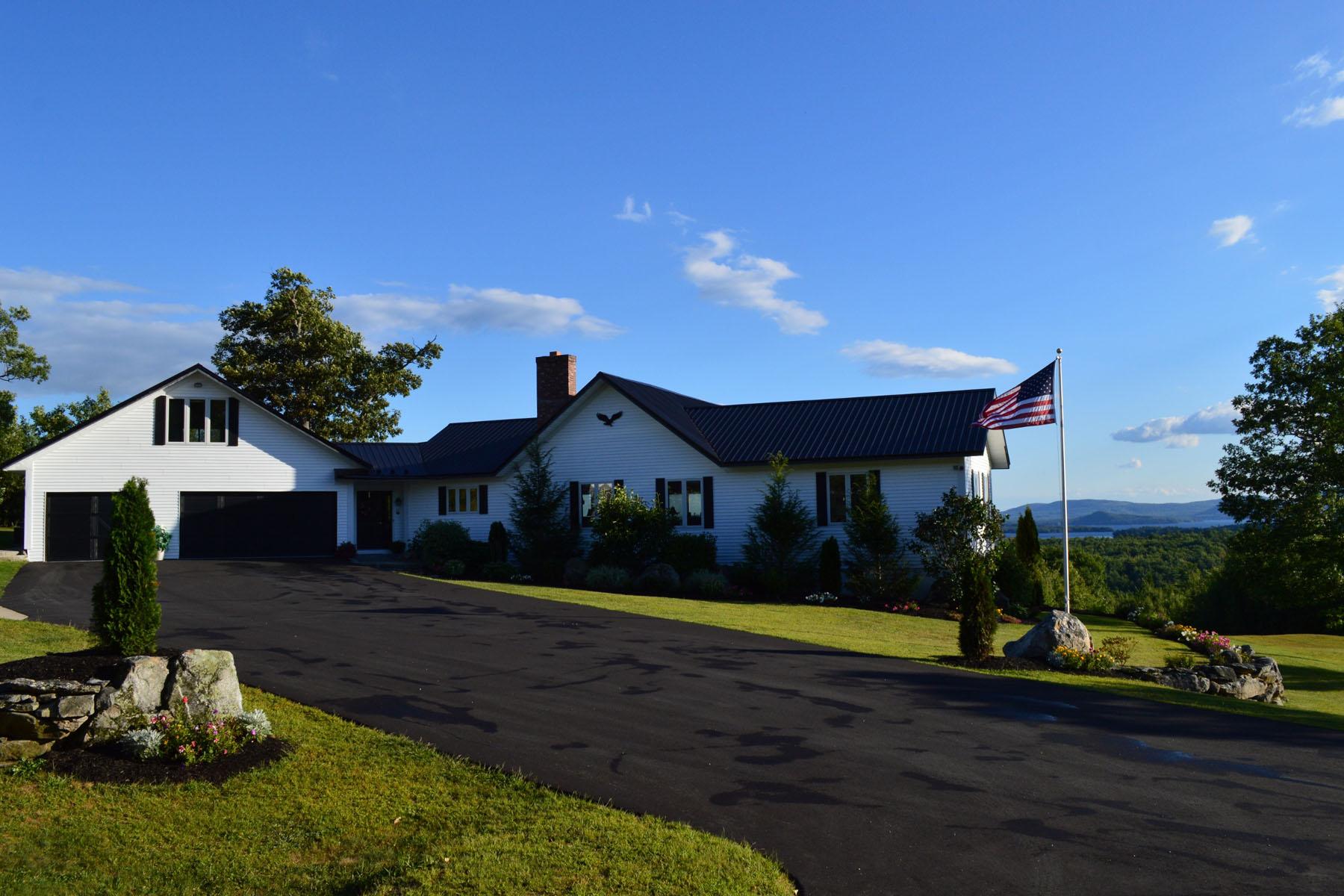 Maison unifamiliale pour l Vente à 61 Furber Lane, Wolfeboro 61 Furber Ln Wolfeboro, New Hampshire 03894 États-Unis