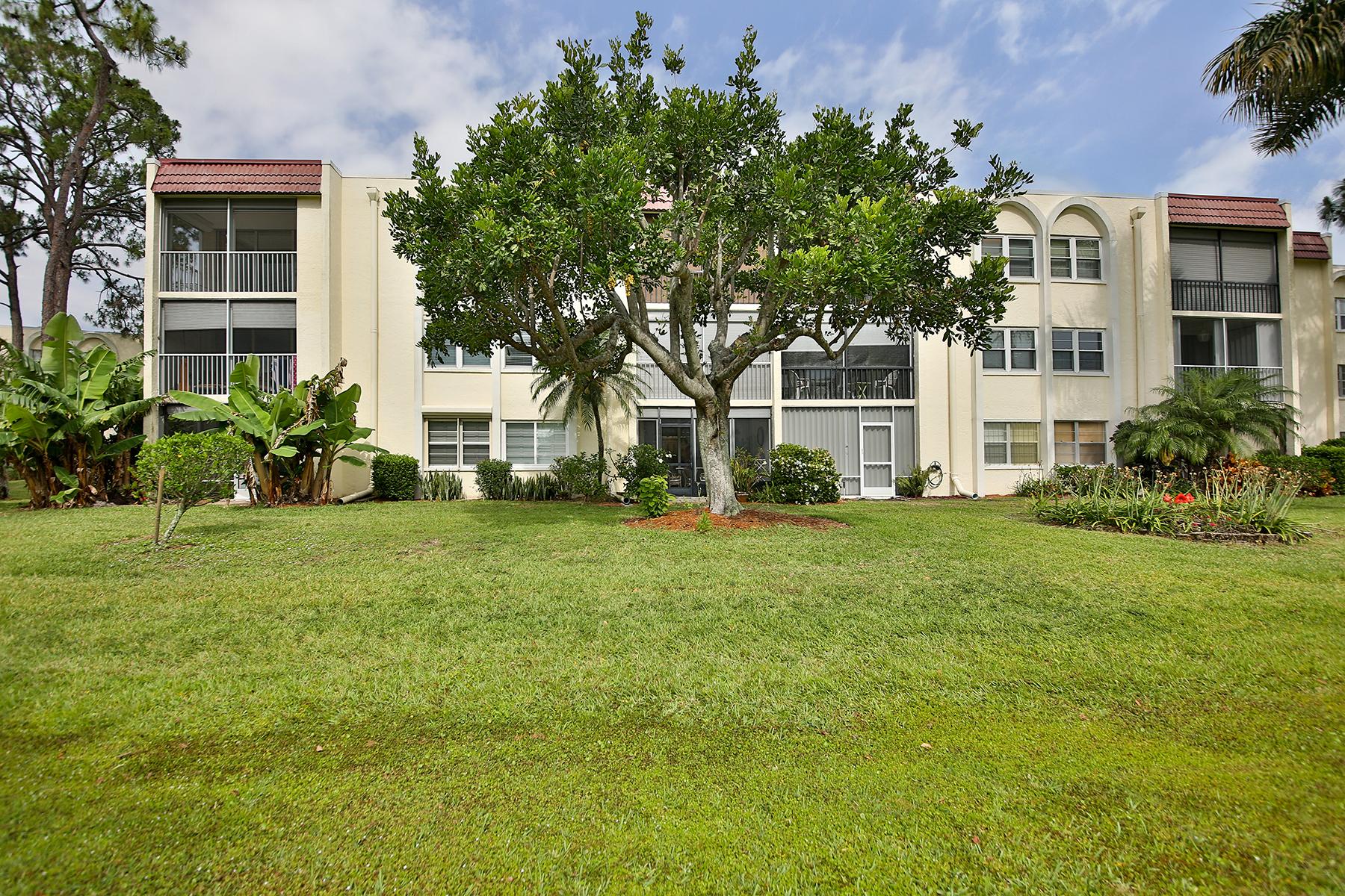 Eigentumswohnung für Verkauf beim FORET LAKES 1085 Forest Lakes Dr 309 Naples, Florida, 34105 Vereinigte Staaten