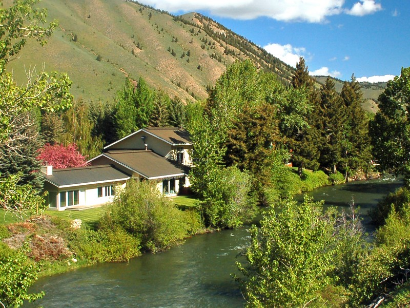 Additional photo for property listing at Twenty feet from the water 141 Audubon Place Ketchum, Idaho 83340 États-Unis