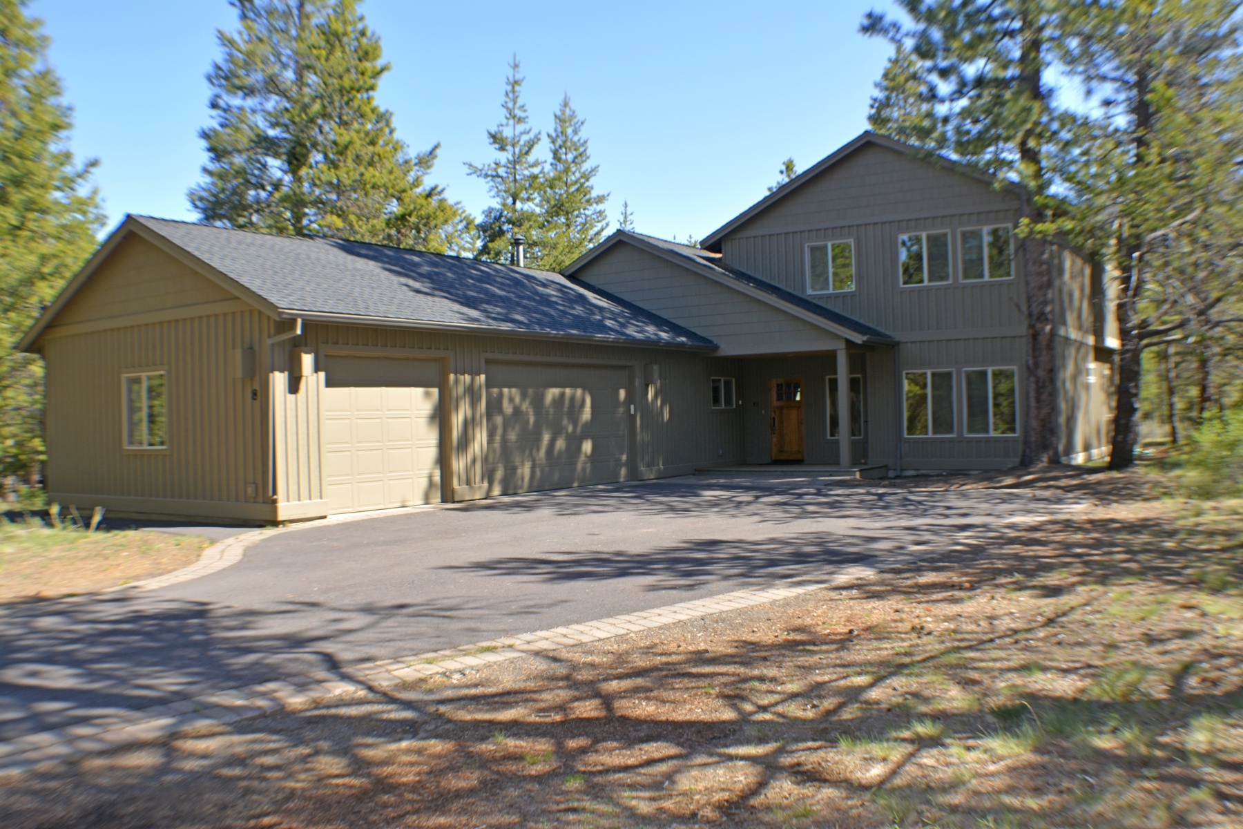 sales property at Beautifully Sunriver Home