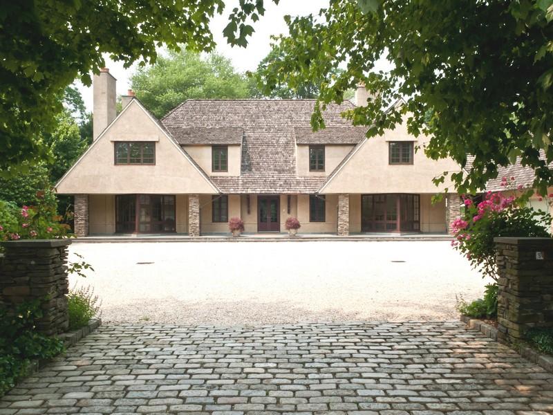 独户住宅 为 销售 在 Colonial 3 Pond Ln Sands Point, 纽约州 11050 美国