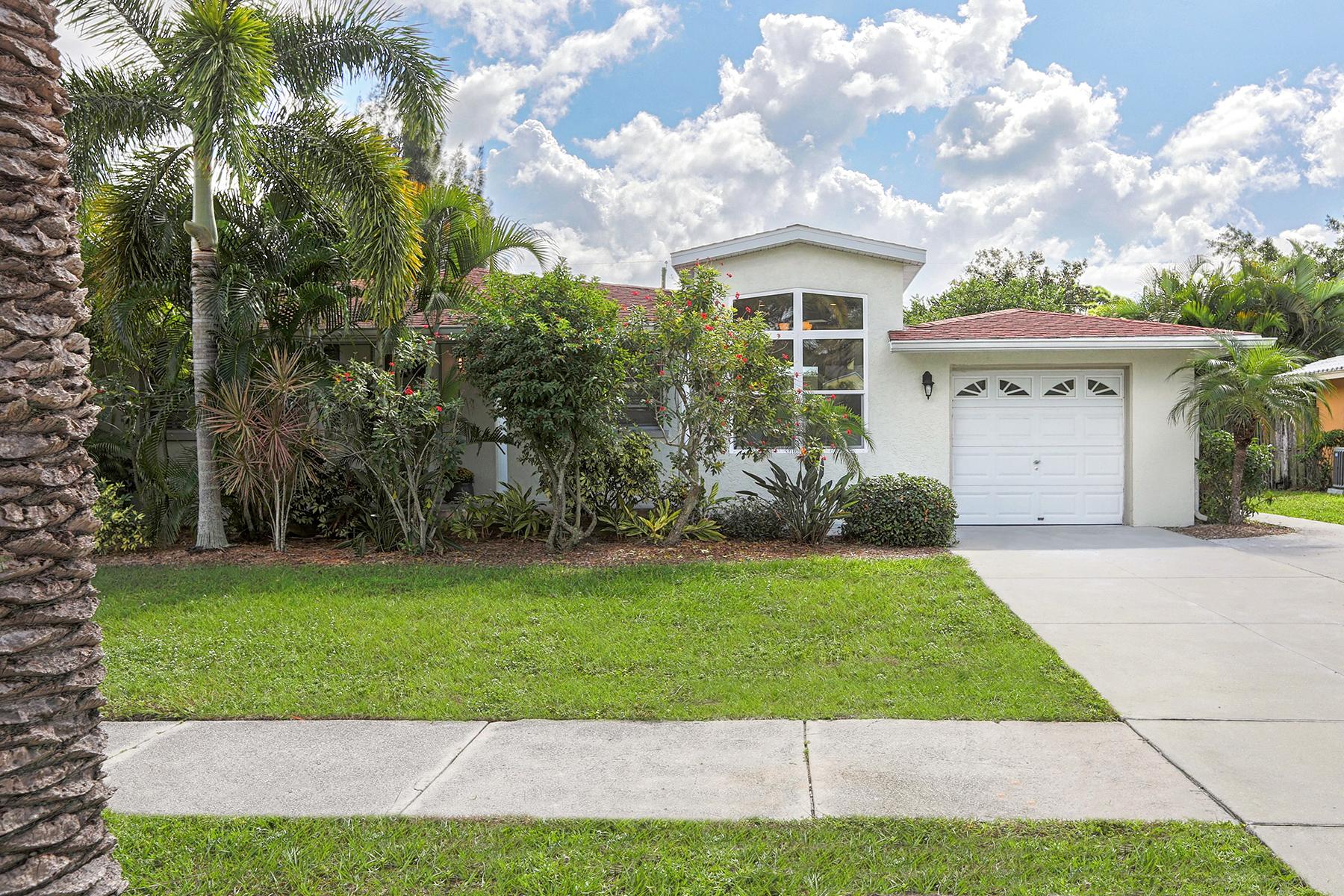 独户住宅 为 销售 在 VENICE ISLAND 229 San Marco Dr 威尼斯, 佛罗里达州, 34285 美国