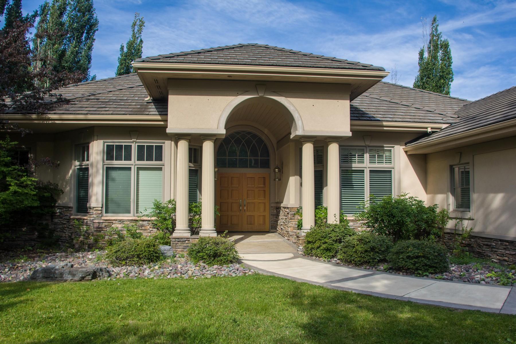 獨棟家庭住宅 為 出售 在 Eagle Bend Golfers Dream 100 Levi Ct Bigfork, 蒙大拿州, 59911 美國