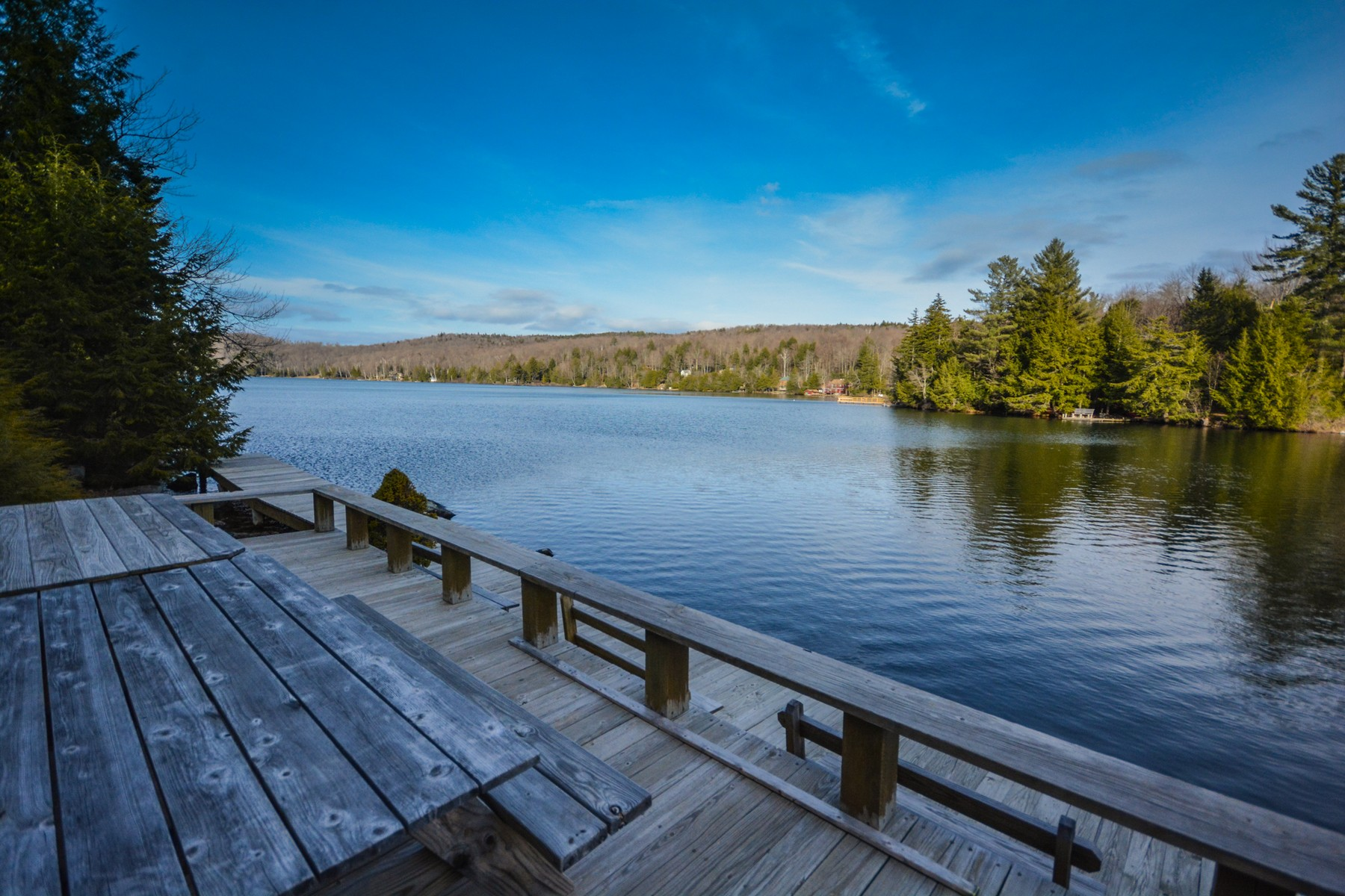 Vivienda unifamiliar por un Venta en Incredible Lake Raponda Lakefront Access 48 Landing Ln Wilmington, Vermont, 05363 Estados Unidos
