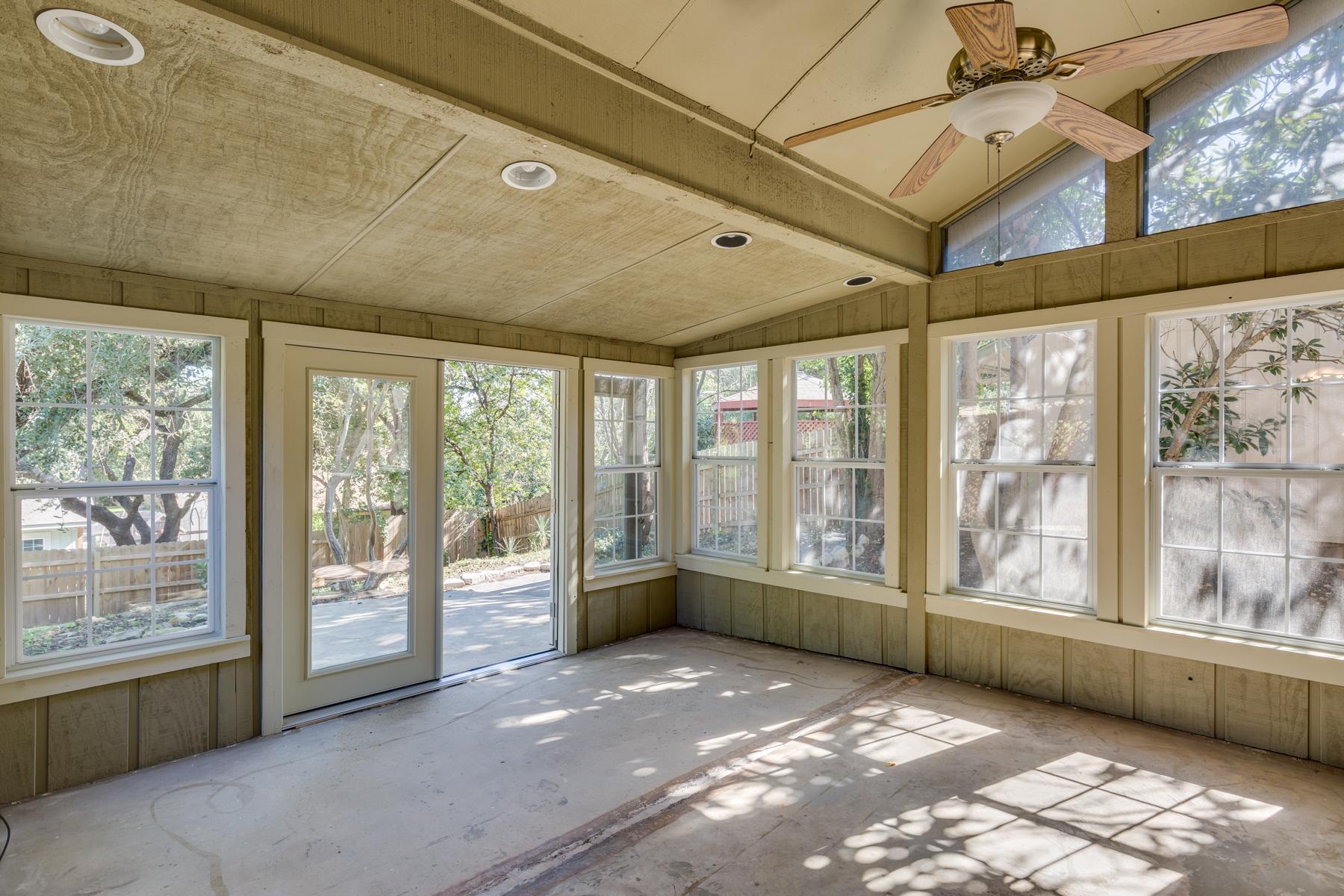 Property Of Beautiful Home in Fox Run