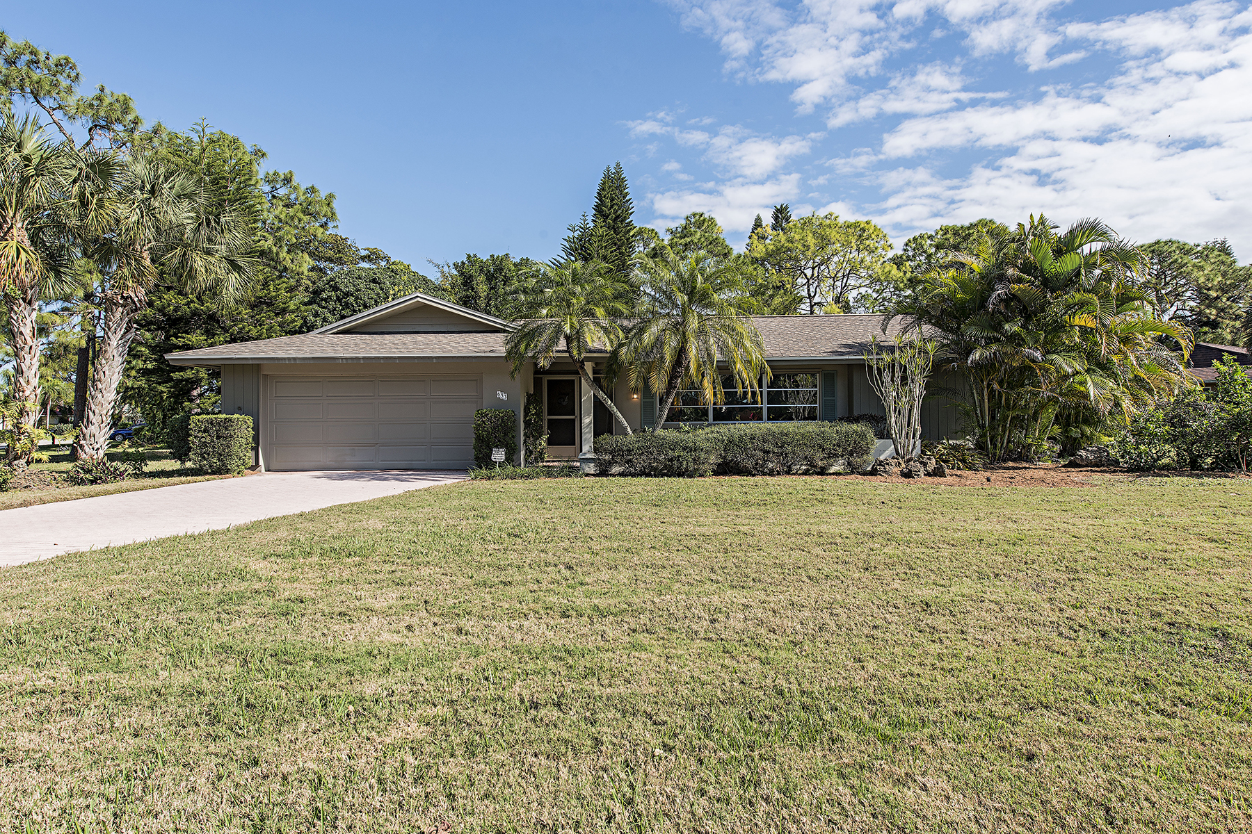 sales property at PALM RIVER - GREENWOOD