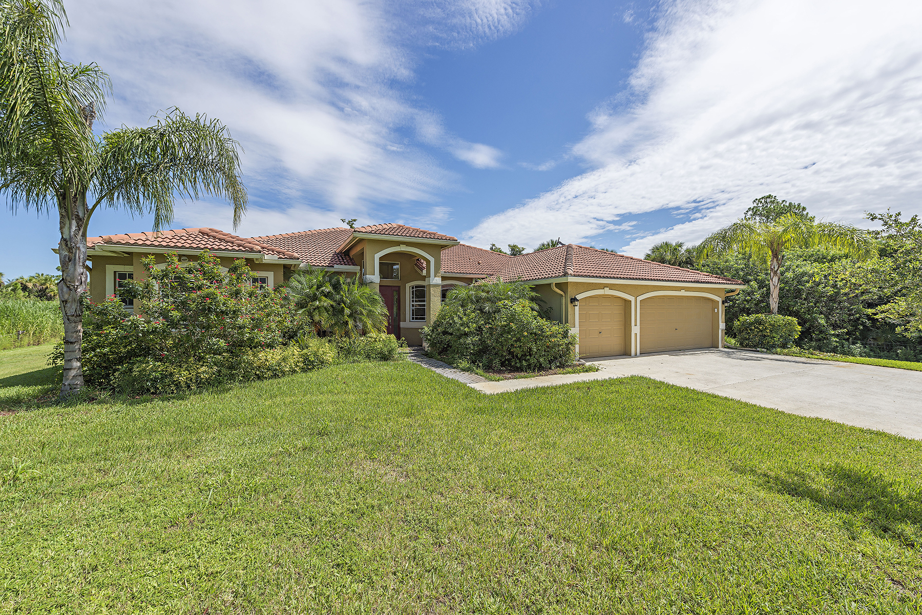 Single Family Home for Sale at GOLDEN GATE ESTATES 3837 28th Ave SE Naples, Florida, 34117 United States