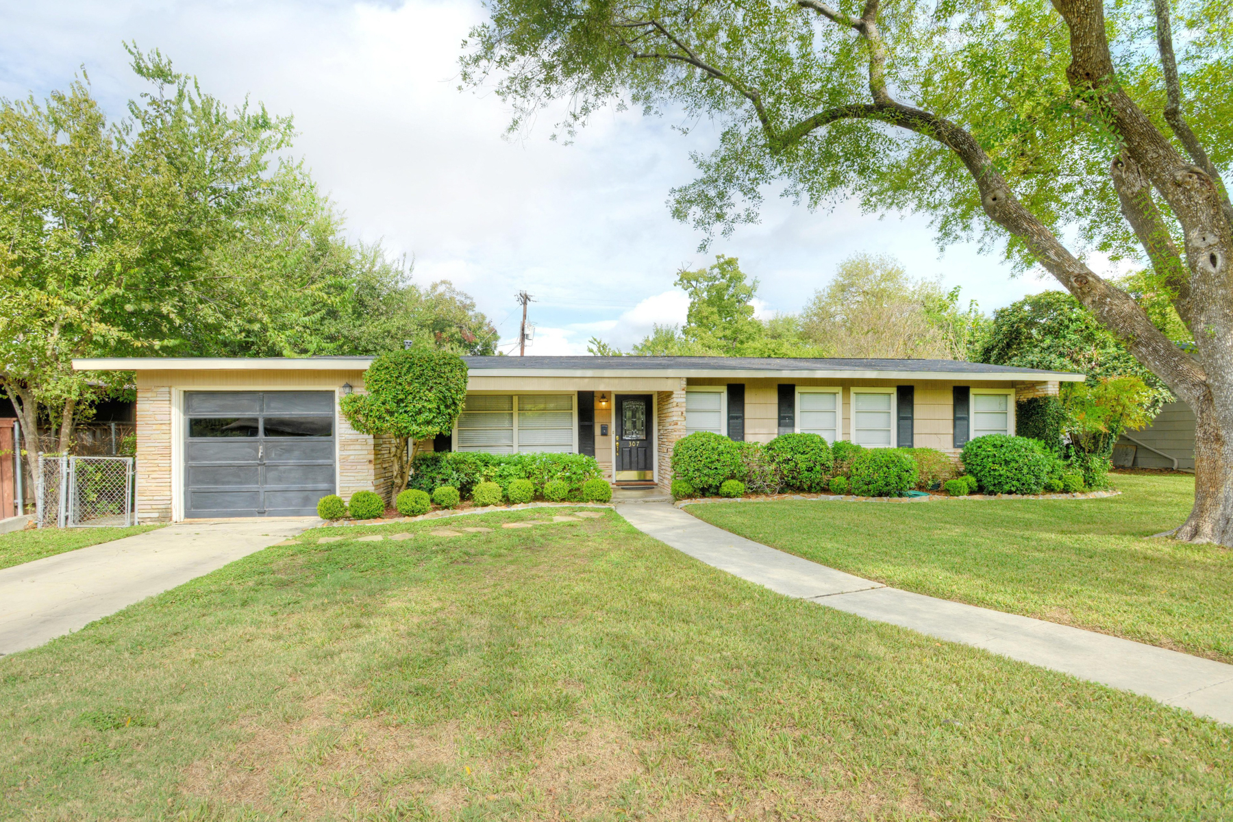 Property For Sale at Great Home in Northridge AHISD!