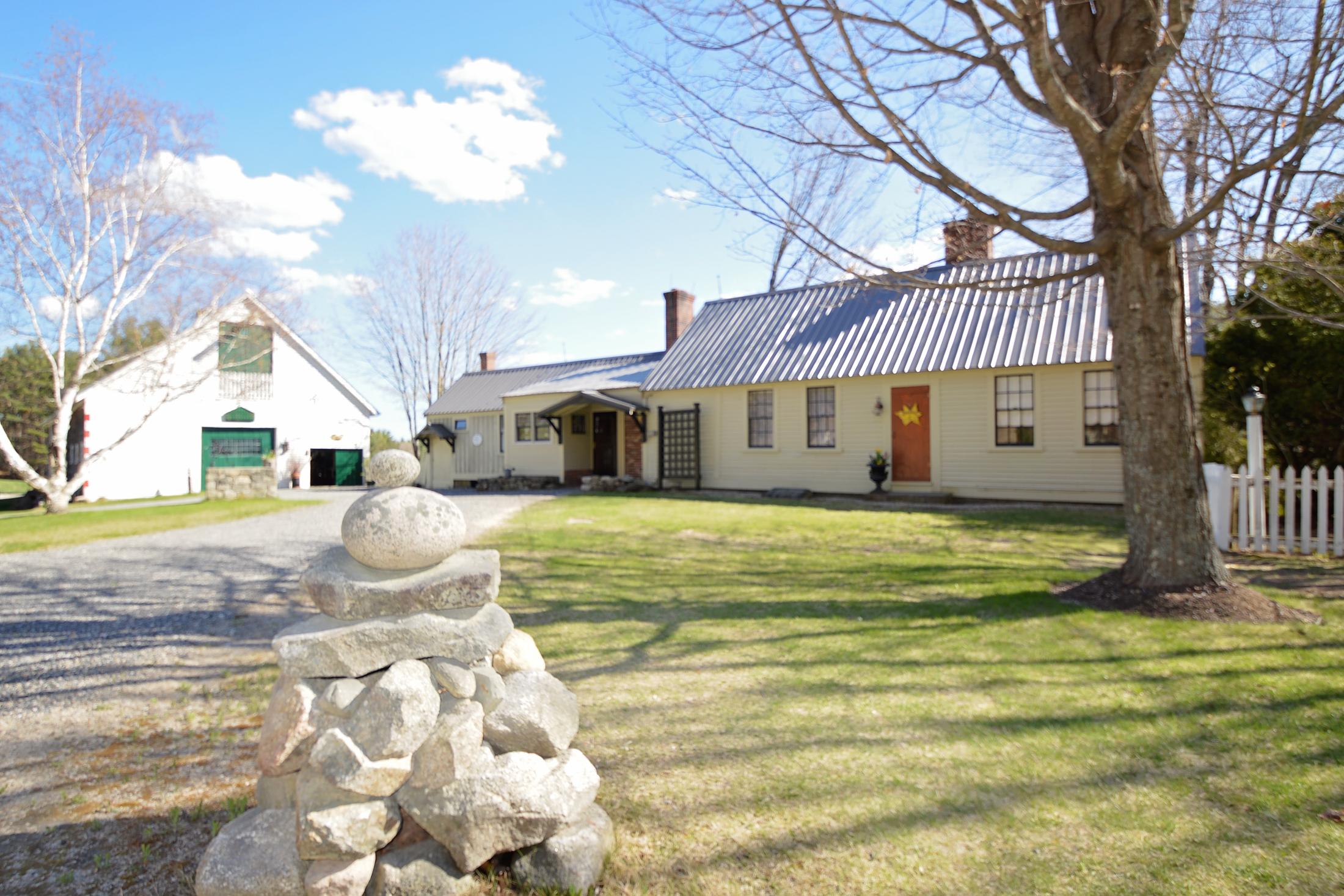 Частный односемейный дом для того Продажа на Gentlemans Farm 203 Lyford Rd Brookfield, Нью-Гэмпшир, 03782 Соединенные Штаты