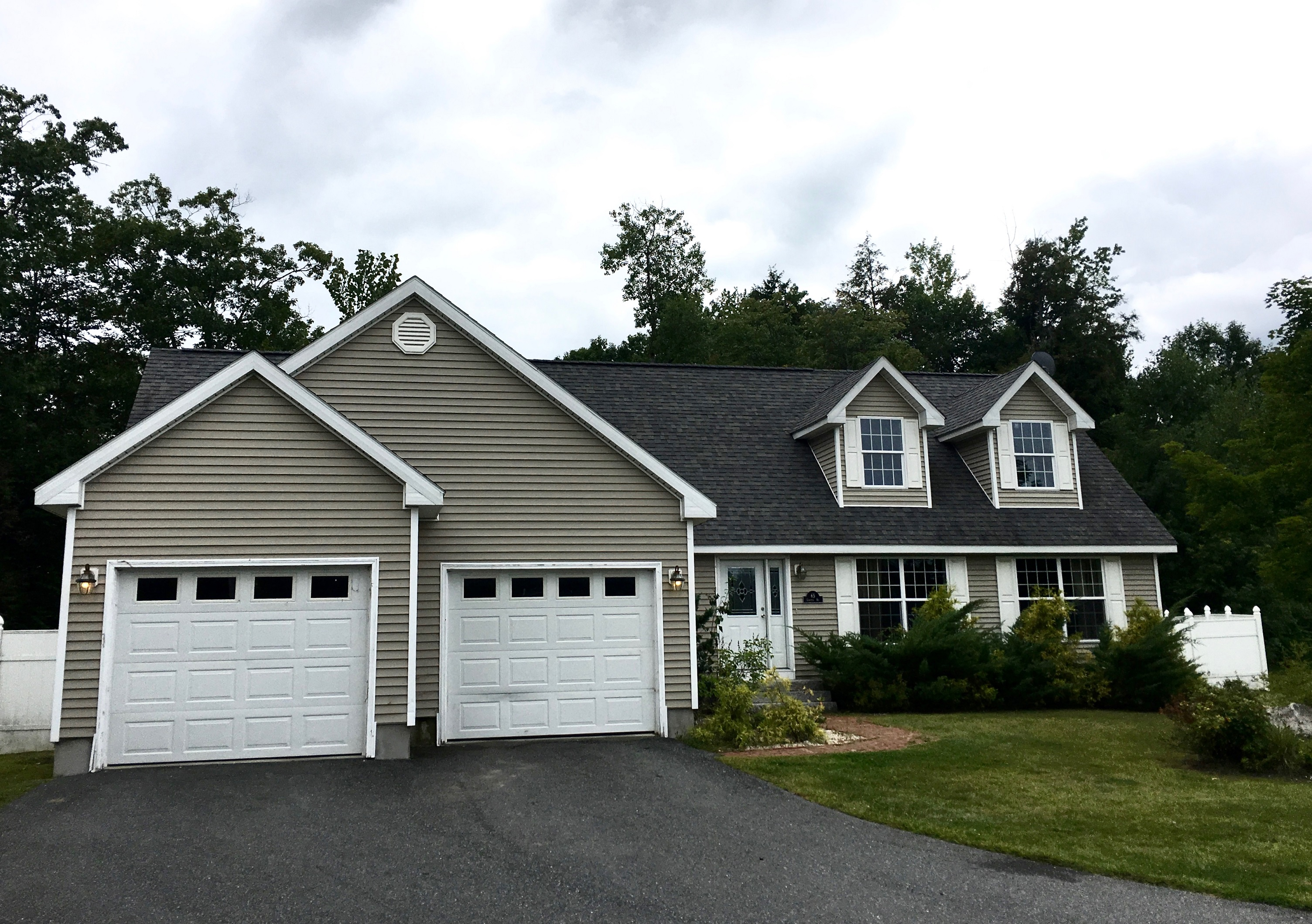 Single Family Home for Sale at 65 Conifer 6905, Hartford Hartford, Vermont, 05001 United States