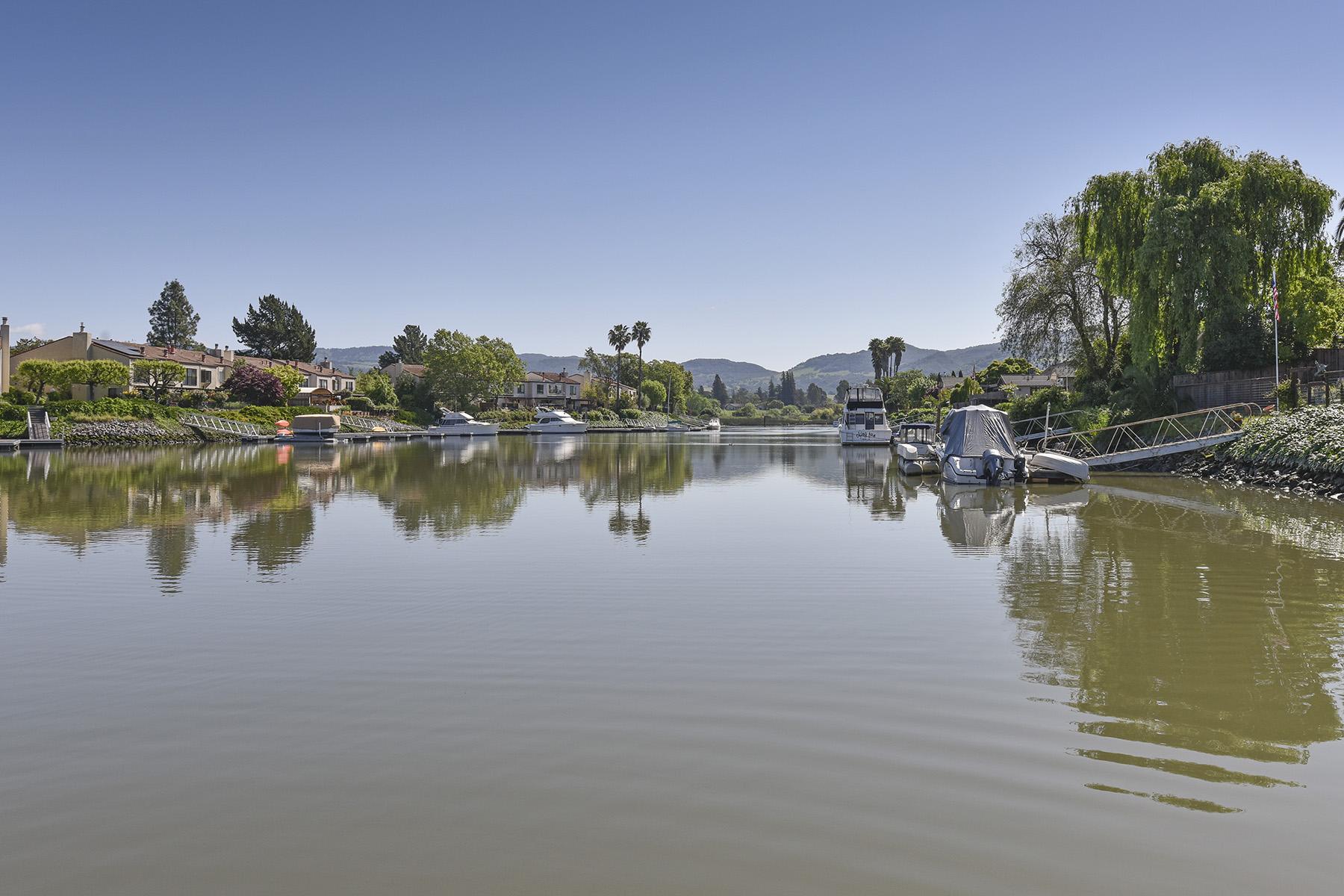 独户住宅 为 销售 在 1390 River Park Blvd, Napa, CA 94559 1390 River Park Blvd 纳帕, 加利福尼亚州, 94559 美国