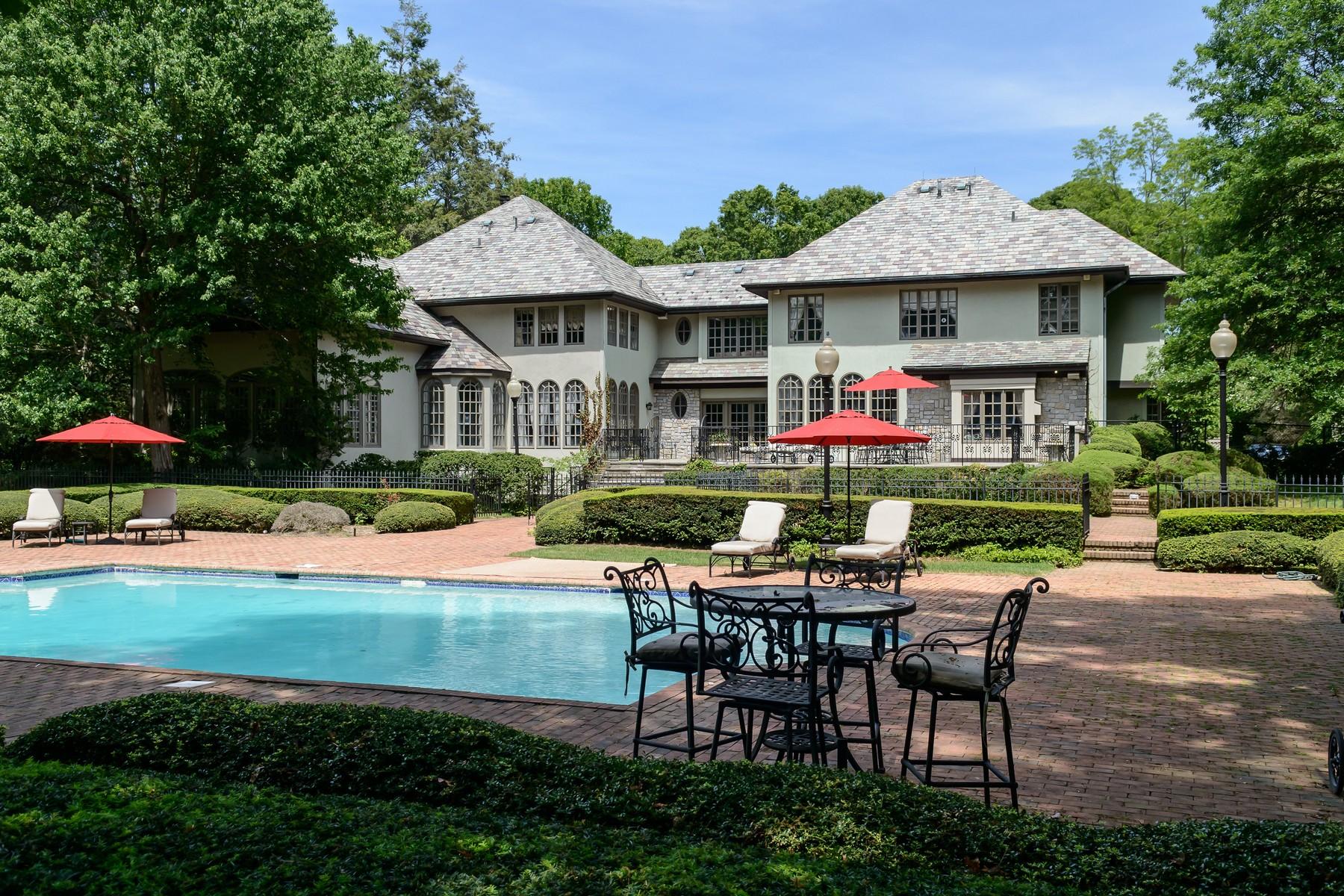 Casa para uma família para Venda às Colonial 5 Pin Oak Ct Old Brookville, Nova York 11545 Estados Unidos
