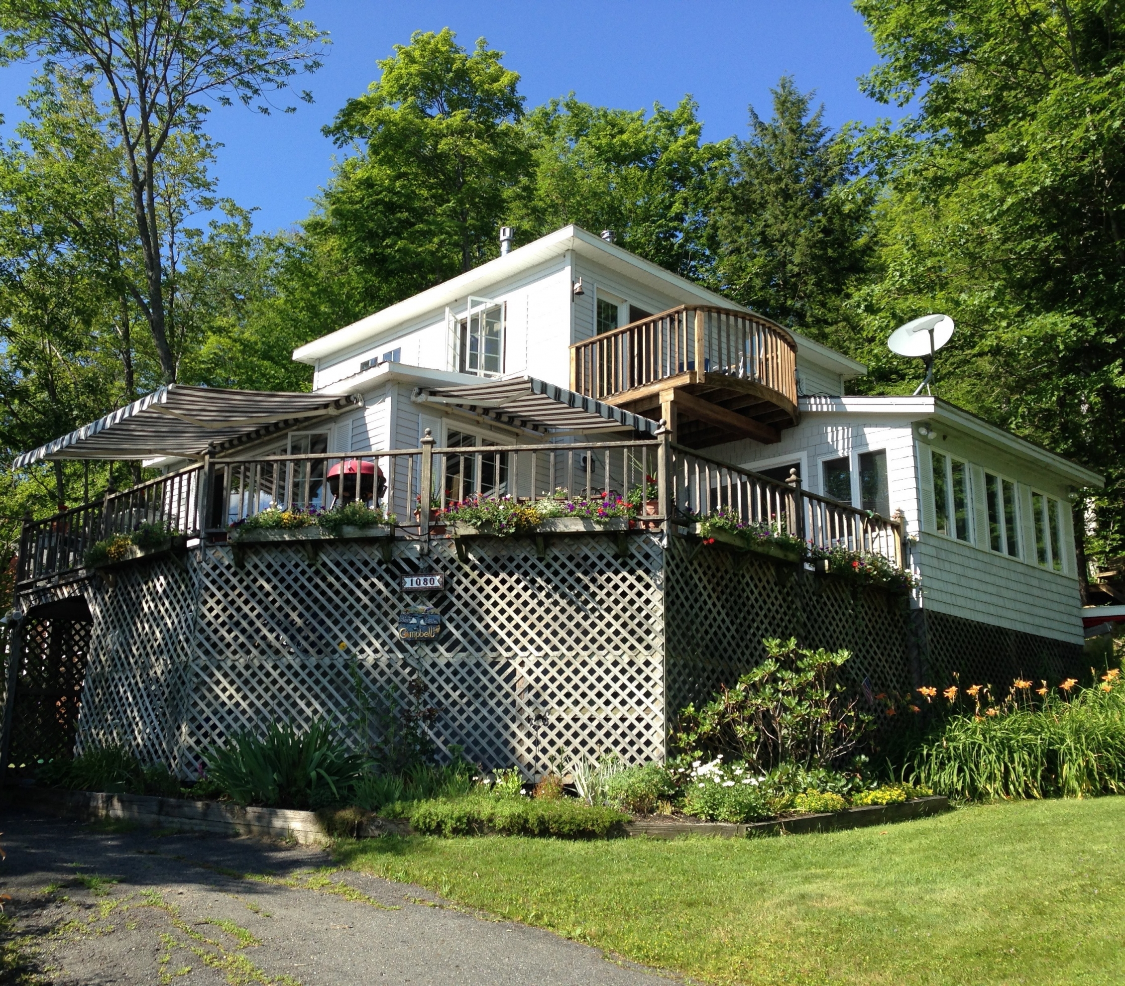 Single Family Home for Sale at 1080 Goose Pond Road Rd, Canaan Canaan, New Hampshire, 03741 United States