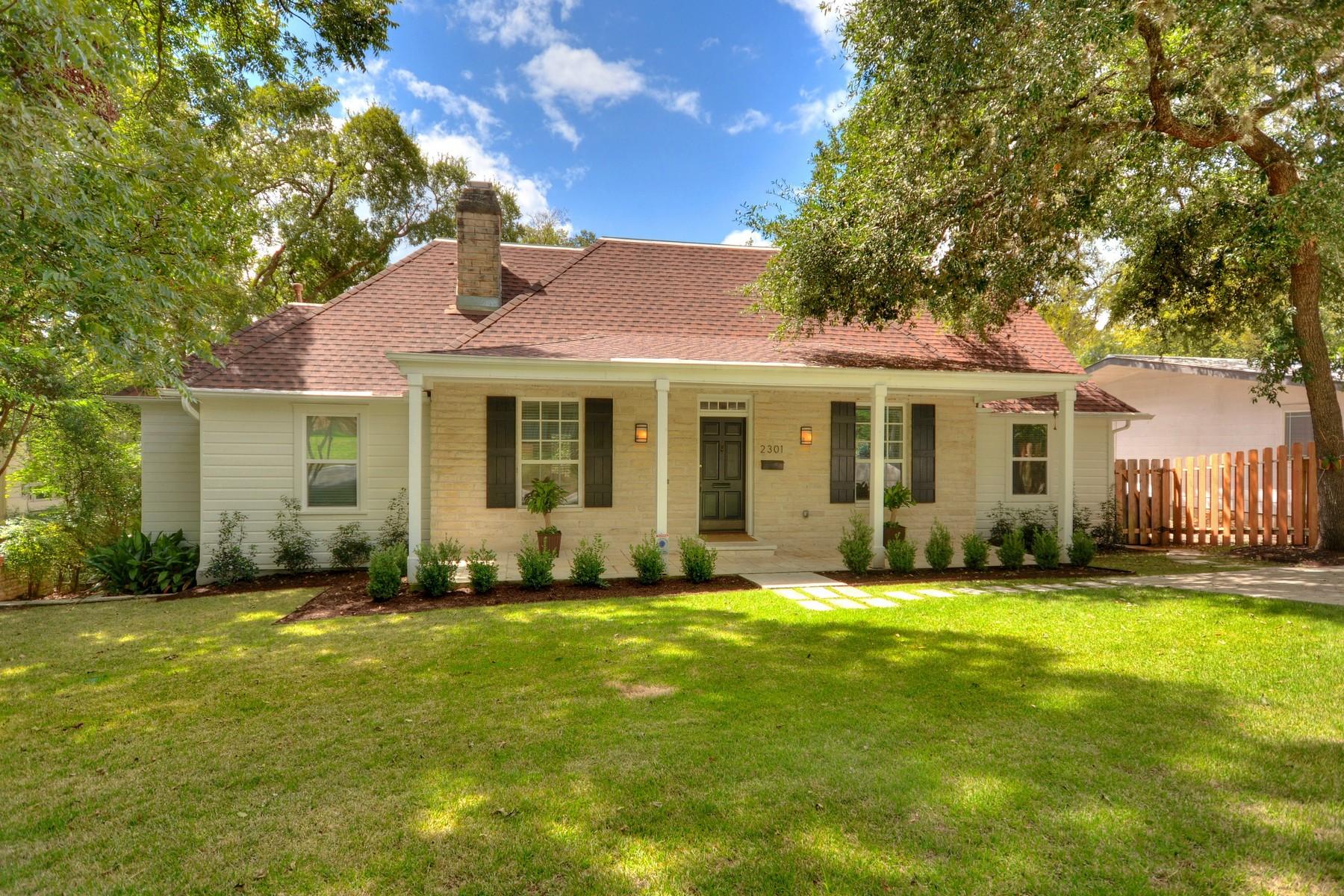 Nhà ở một gia đình vì Bán tại Remodeled Jewel 2301 Bowman Ave Tarrytown, Austin, Texas 78703 Hoa Kỳ