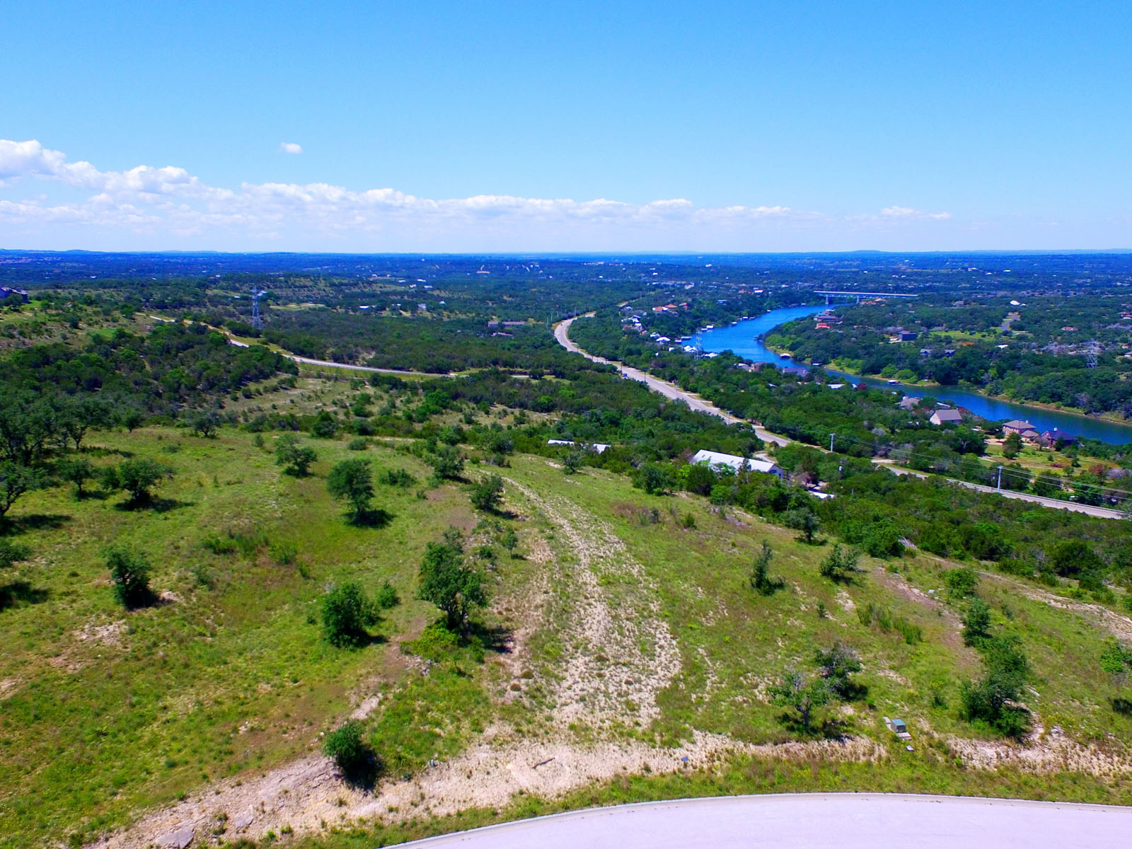 Additional photo for property listing at Build Your Hilltop Retreat 1716 Night Life Cv Spicewood, Texas 78669 Estados Unidos